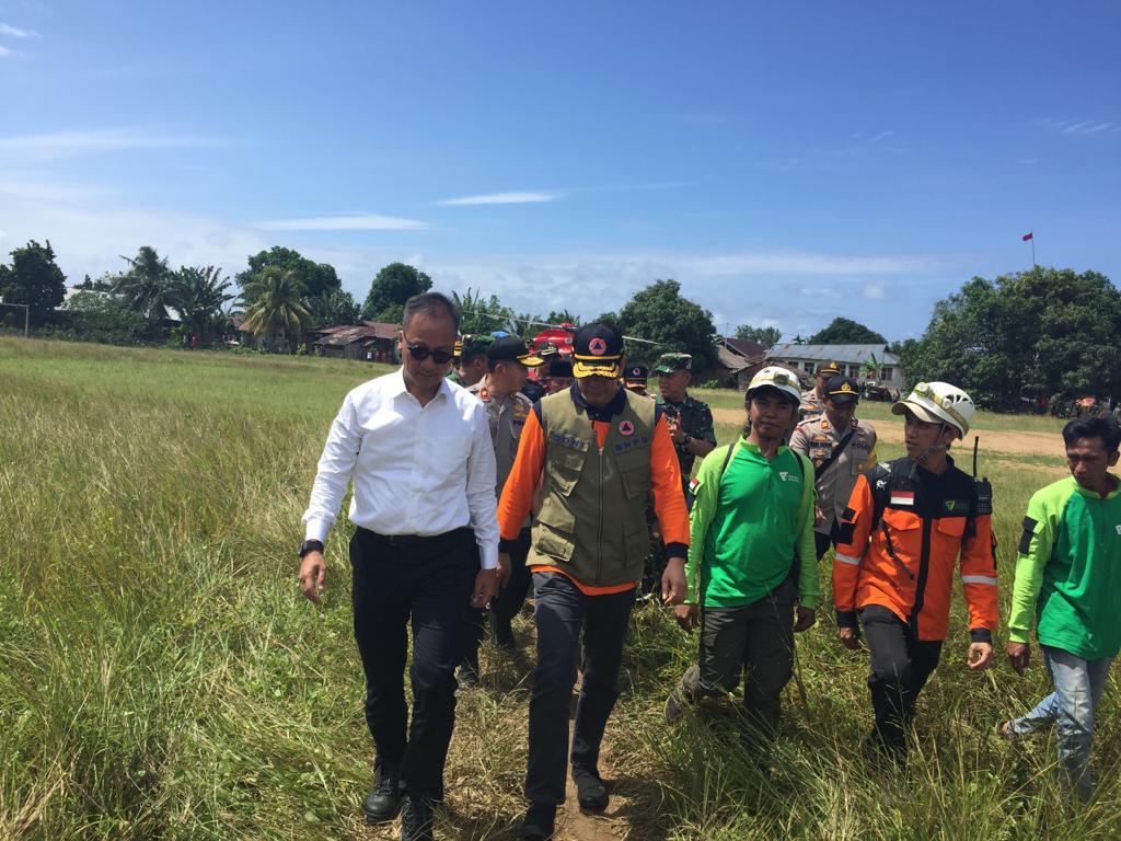 Mensos Kunjungi Korban Gempa Halmahera Selatan