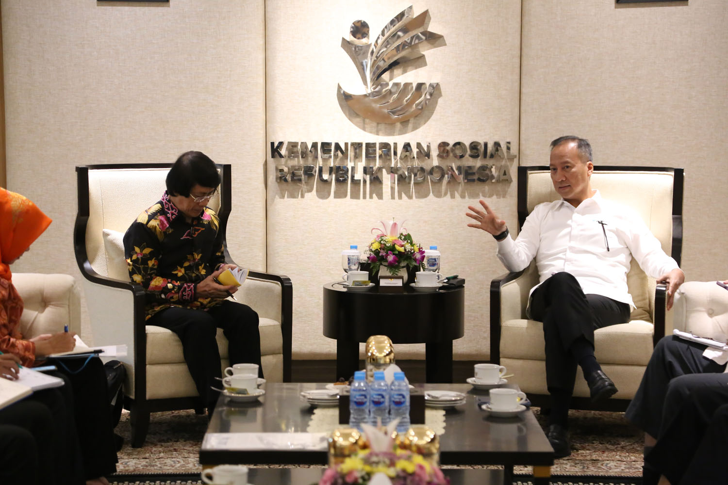 Minister of Social Affairs Received an Audience from Indonesian Child Protection Agency