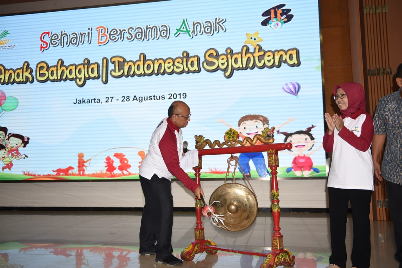 Sehari Bersama Anak: Anak Bahagia   Indonesia Sejahtera