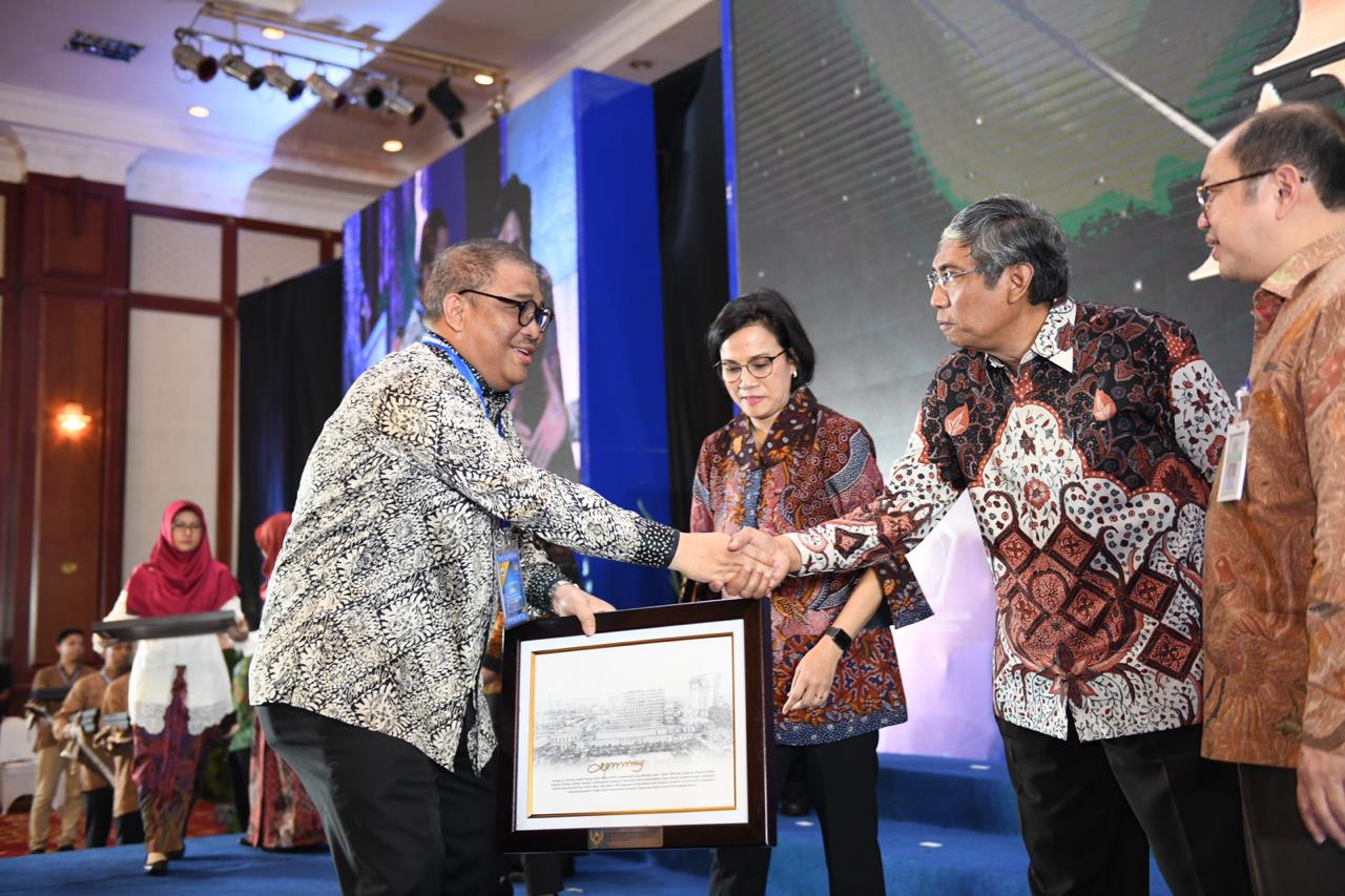bmn-award (4)