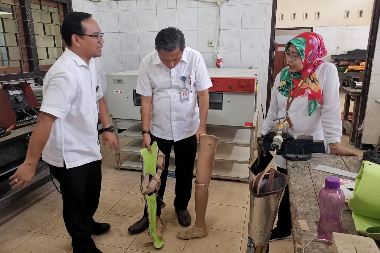 """BBRSPDF """"Prof. Dr. Soeharso"""" Kaji SOP Program Rehabilitasi Sosial"""