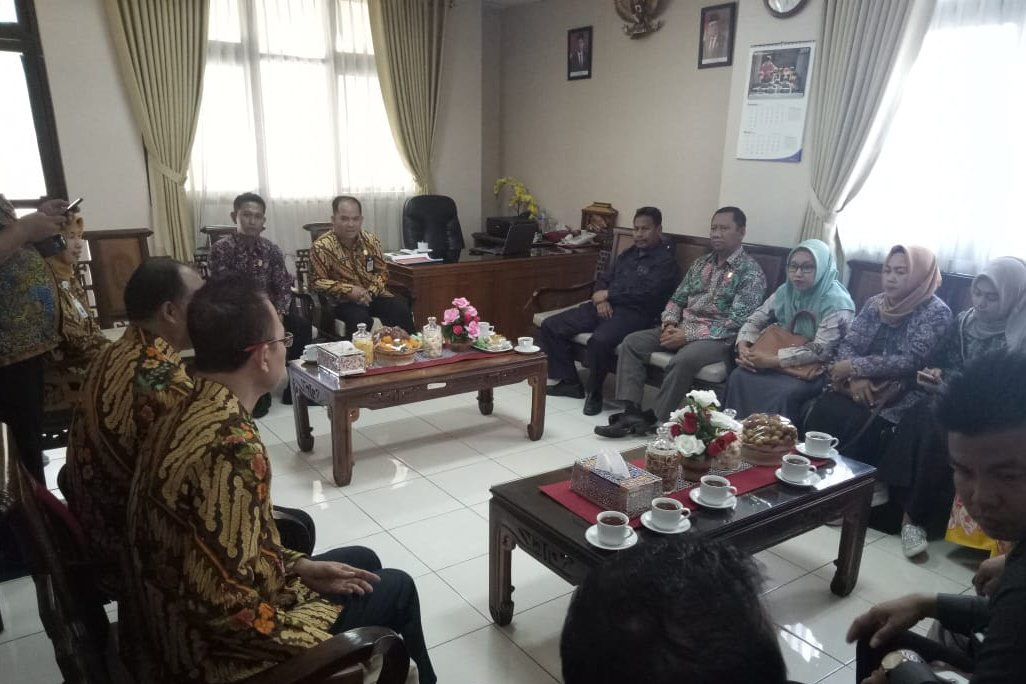 Consolidation of Yogyakarta Social Welfare Education and Training and Training Center Social Welfare Program and Rembang House of Representatives Commission IV