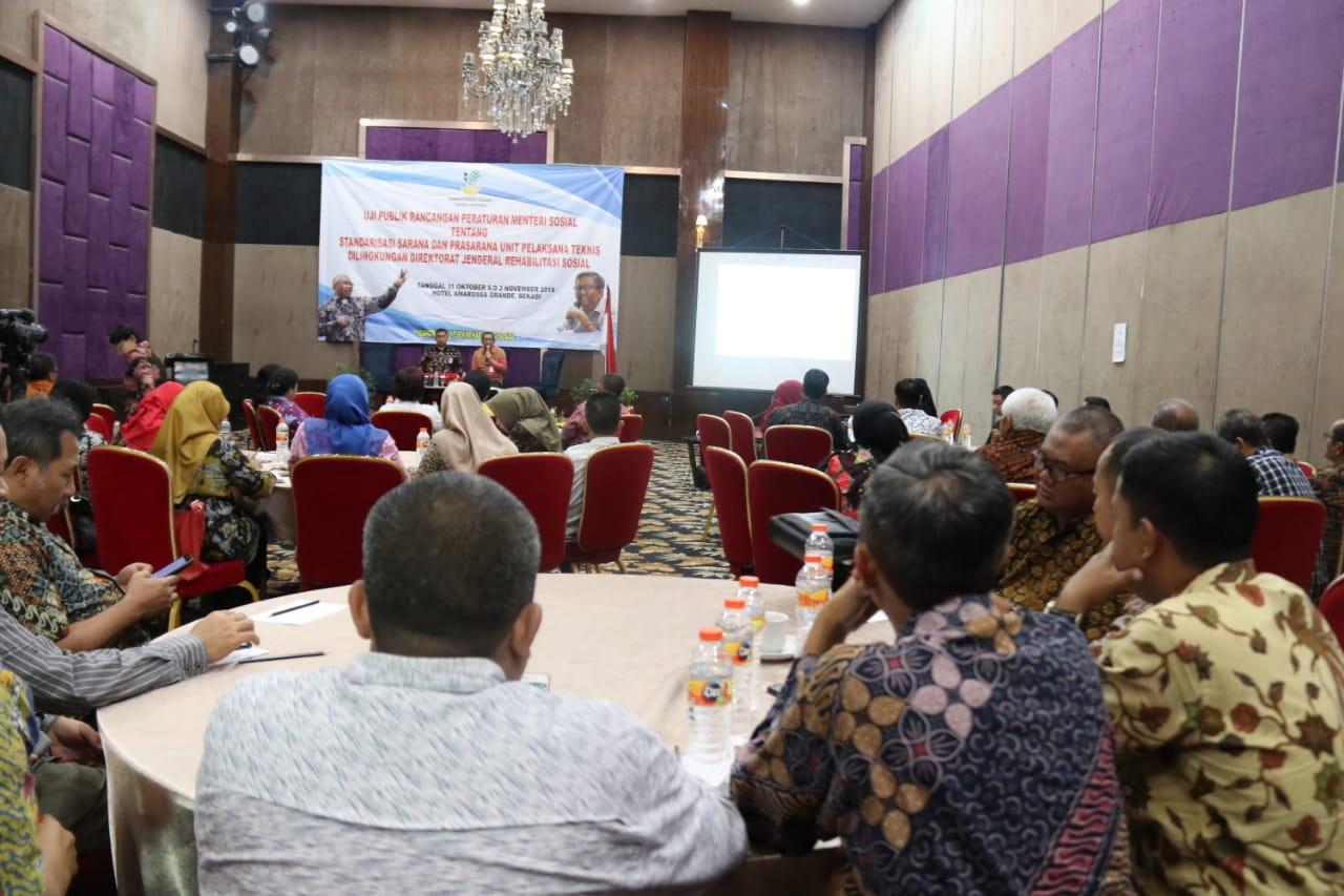 Uji Publik Rancangan Permensos tentang Standardisasi Sarpras UPT