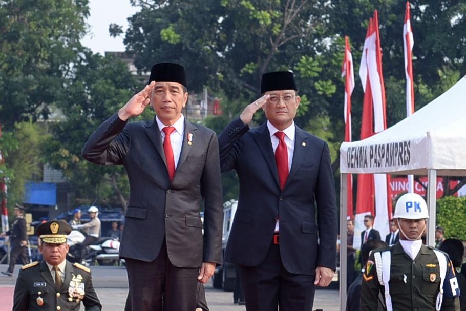 Presiden Ajak Seluruh Elemen Bangsa Teruskan Perjuangan Pahlawan
