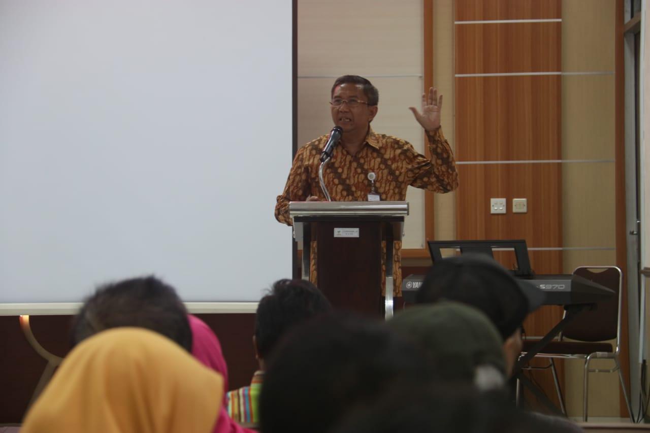 Kado Akhir Tahun, Seluruh PPKS Balai Rehsos di Bekasi Punya E-KTP