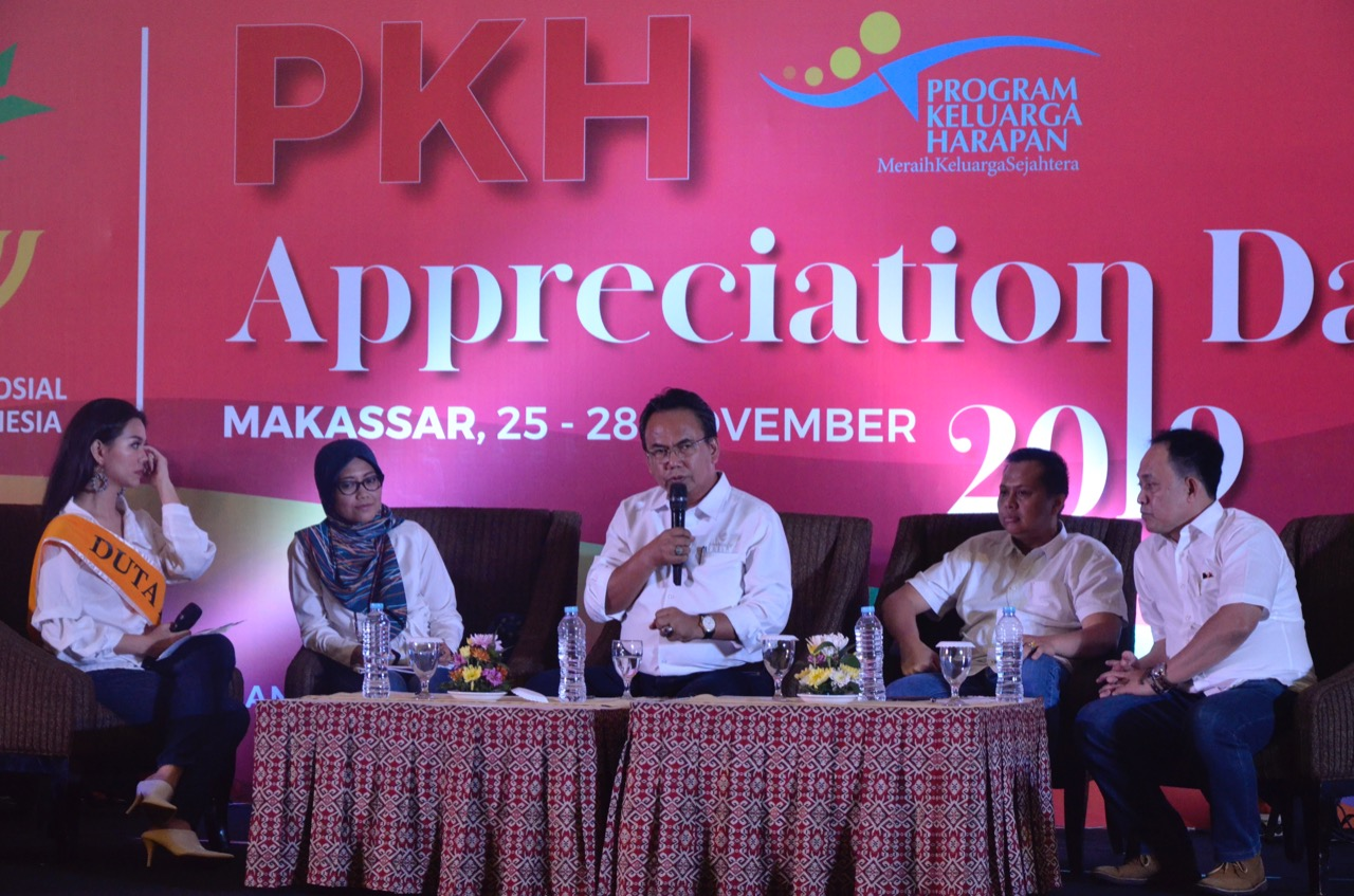 """Appreciation Day"" in Makassar, a Form of Appreciation from the Ministry of Social Affairs for PKH Human Resources"