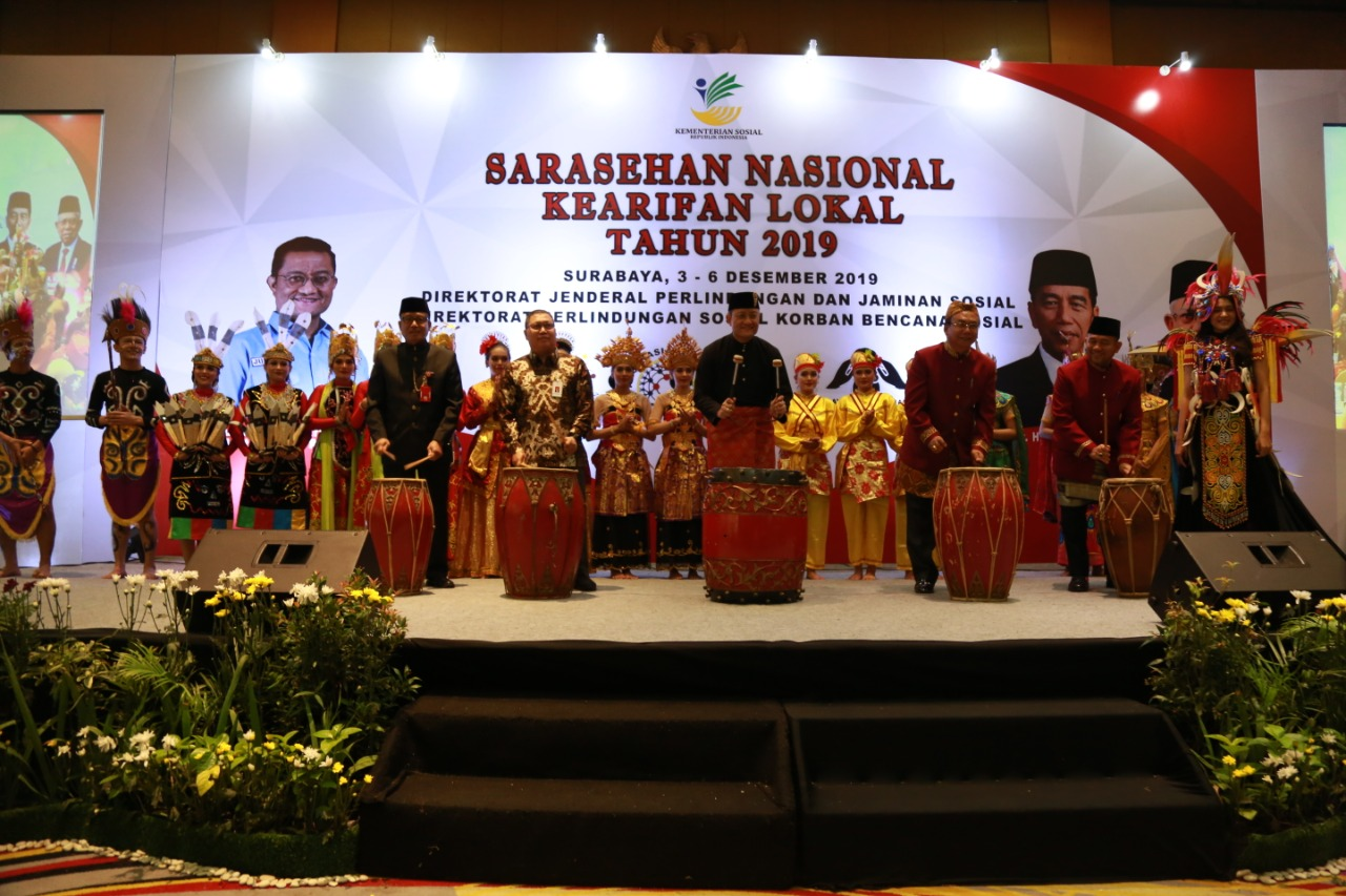 Actualization of Local Wisdom Reflects the Pancasila Ideology