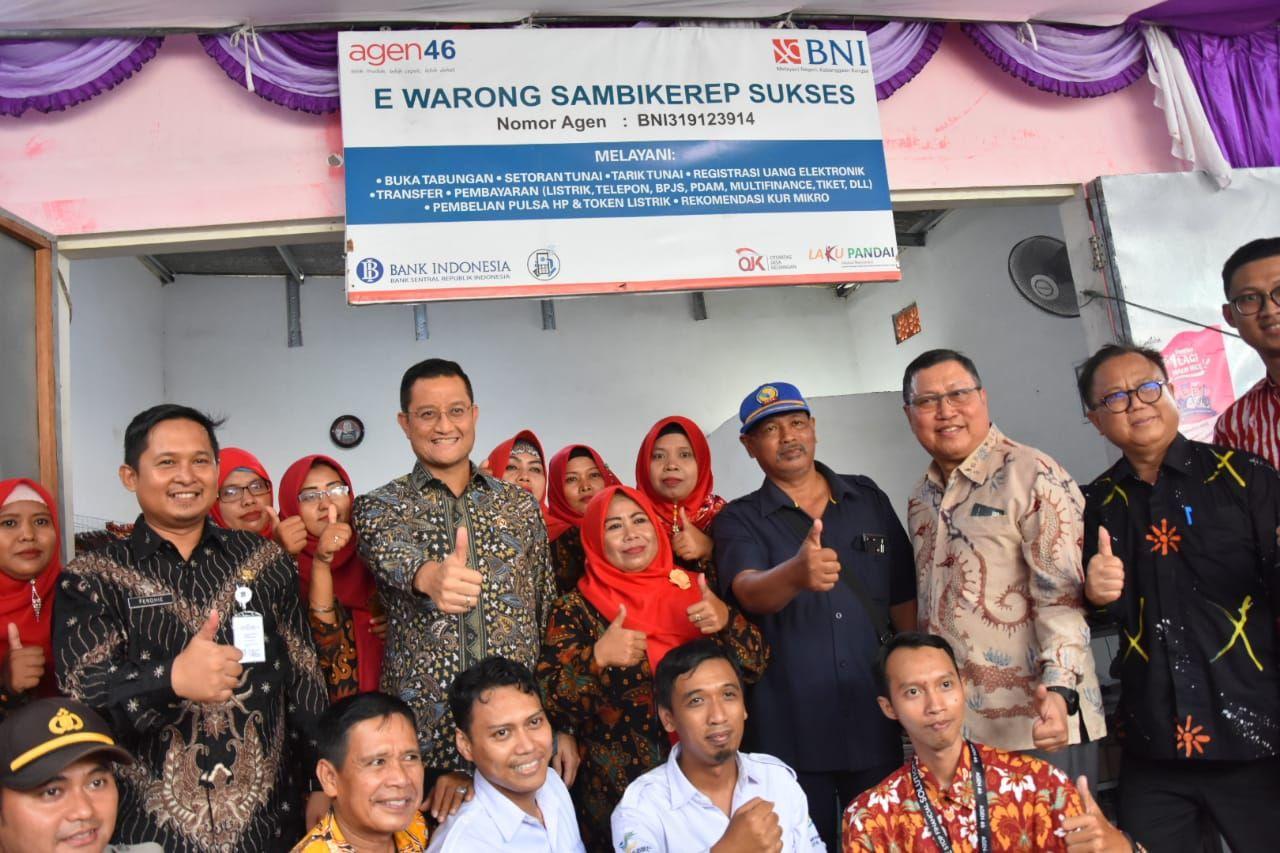 Kunjungan Mensos ke e-Warong KUBE di Surabaya