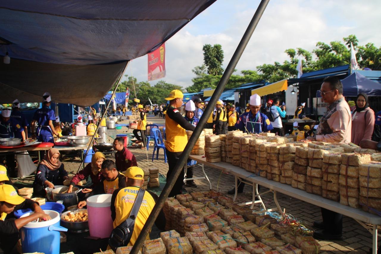 Relawan Sosial Kalsel Pecahkan Rekor MURI, Sajikan 15 Ribu Nasi Boks Dalam 2 Jam