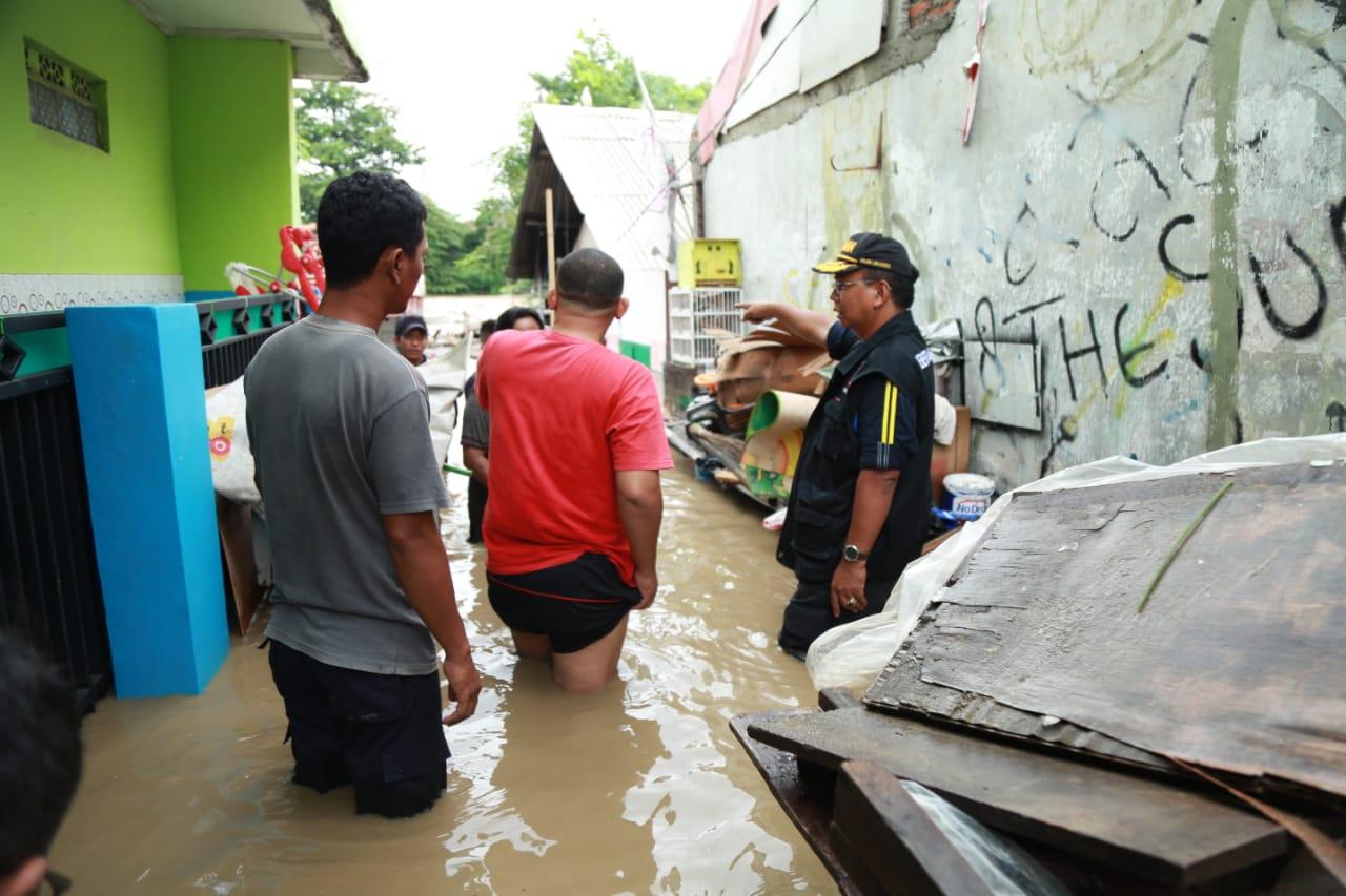 Kemensos Salurkan Bantuan Kebutuhan Dasar Warga Terdampak Banjir