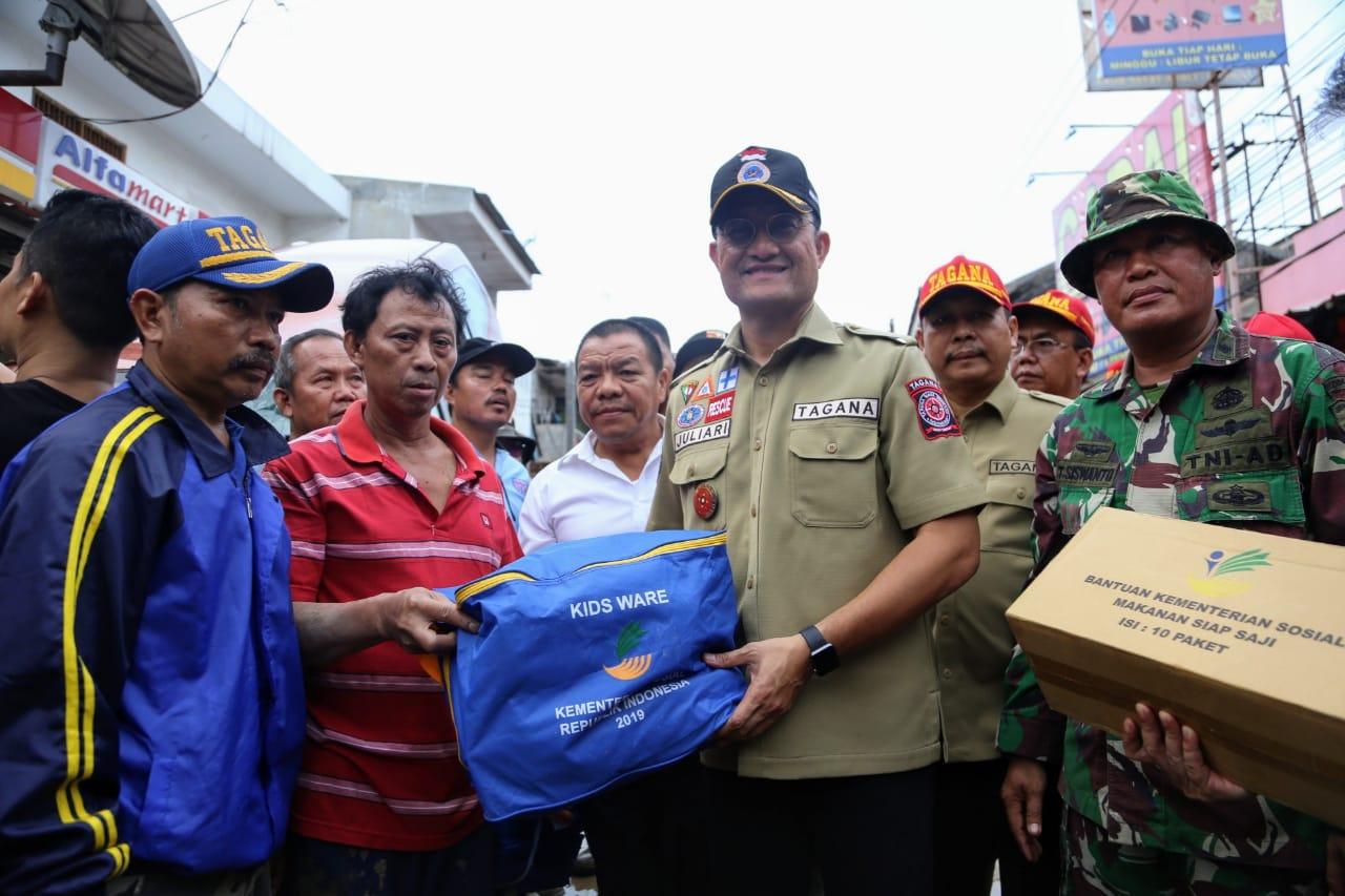 Mensos Pastikan Semua Korban Banjir Terima Penanganan dengan Baik