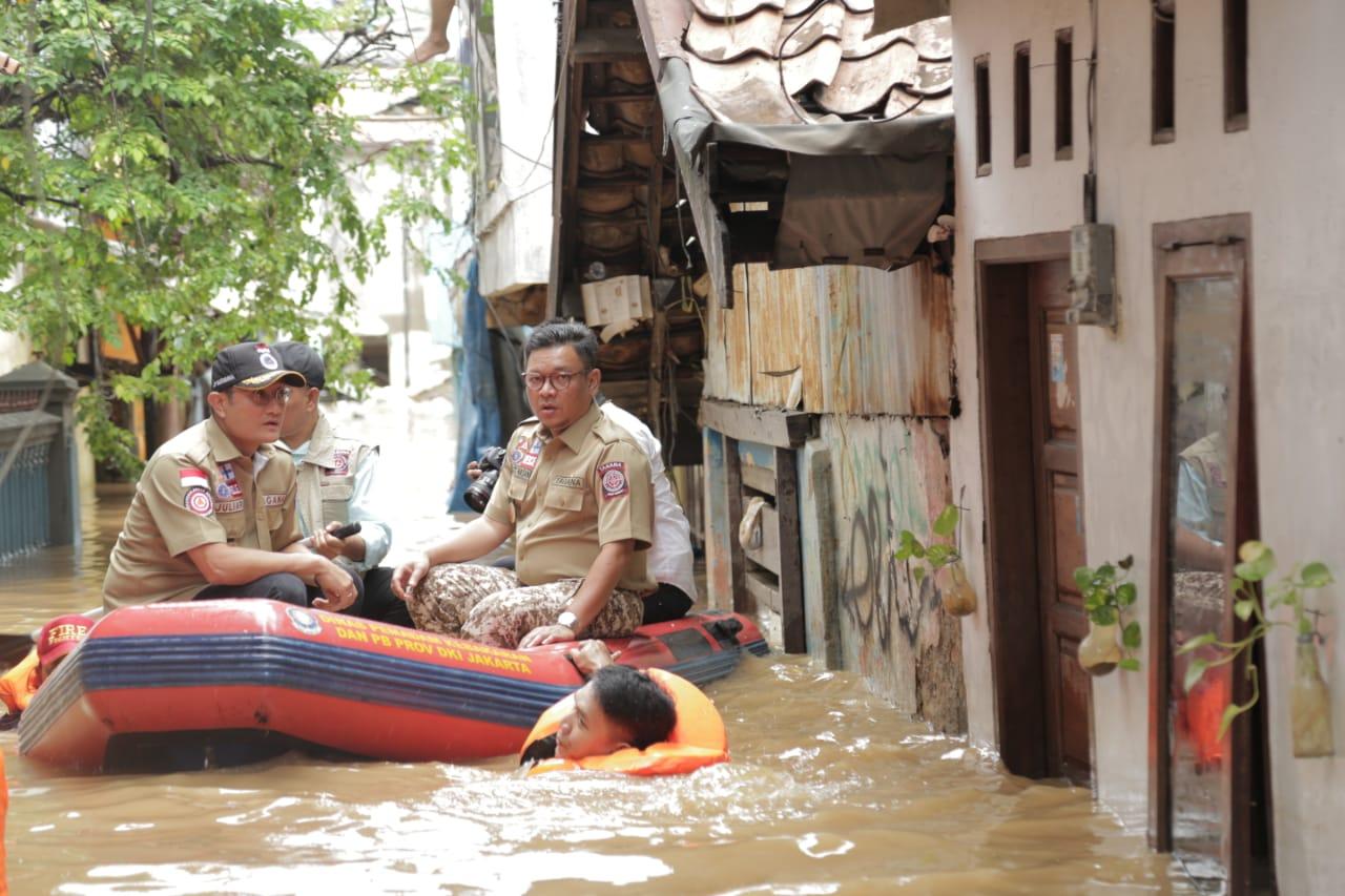 Mensos Pastikan Semua Korban Banjir Ditangani Dengan Baik