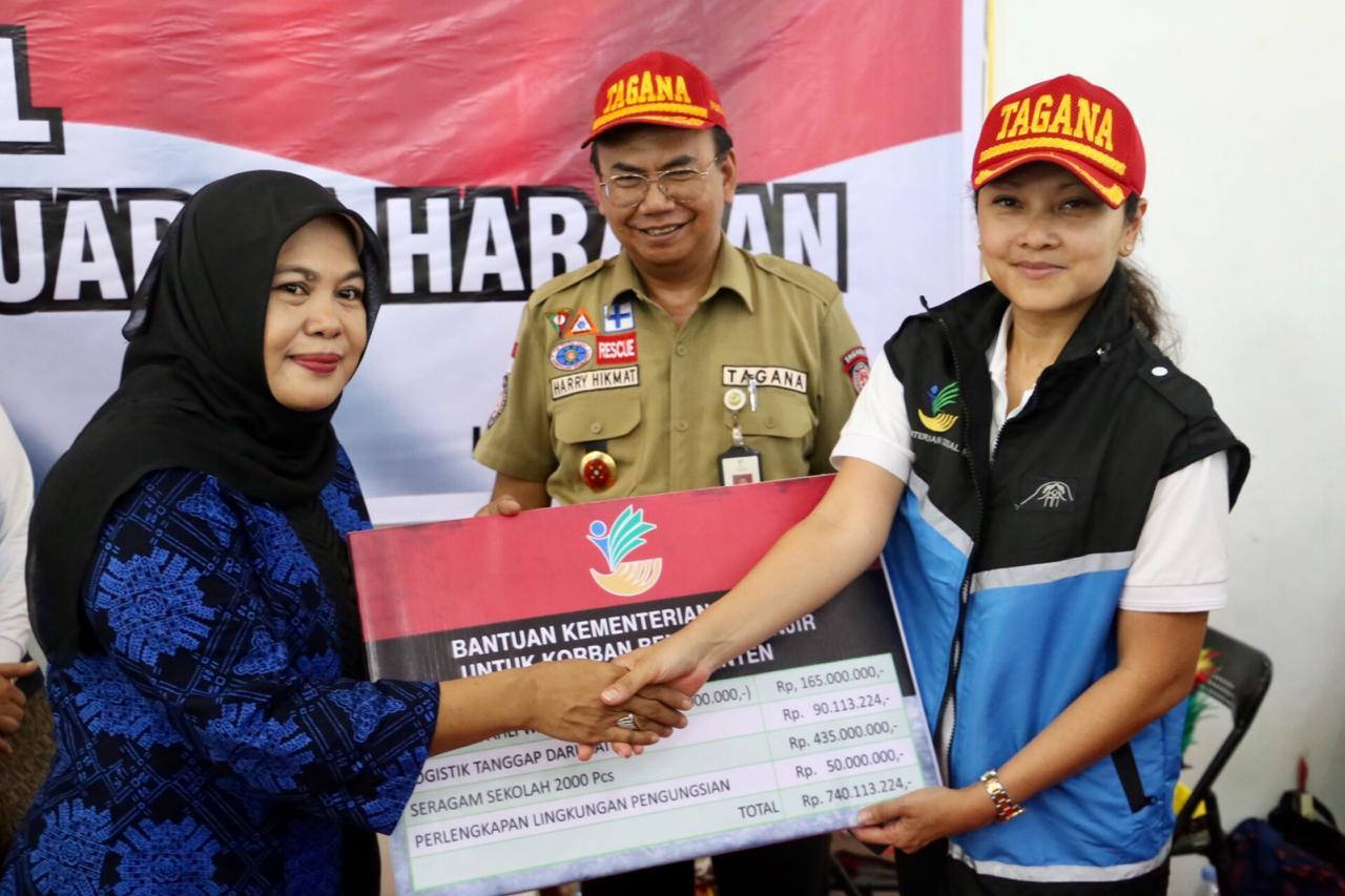 Grace Batubara Salurkan Bantuan Sosial Kemanusiaan ke Lebak, Banten