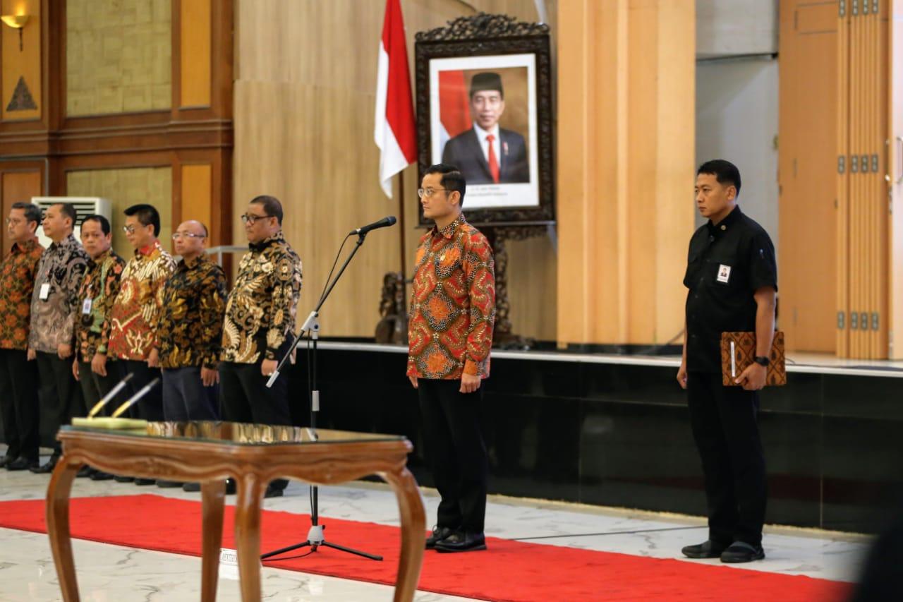 Mensos Lantik Pejabat Poltekessos Bandung