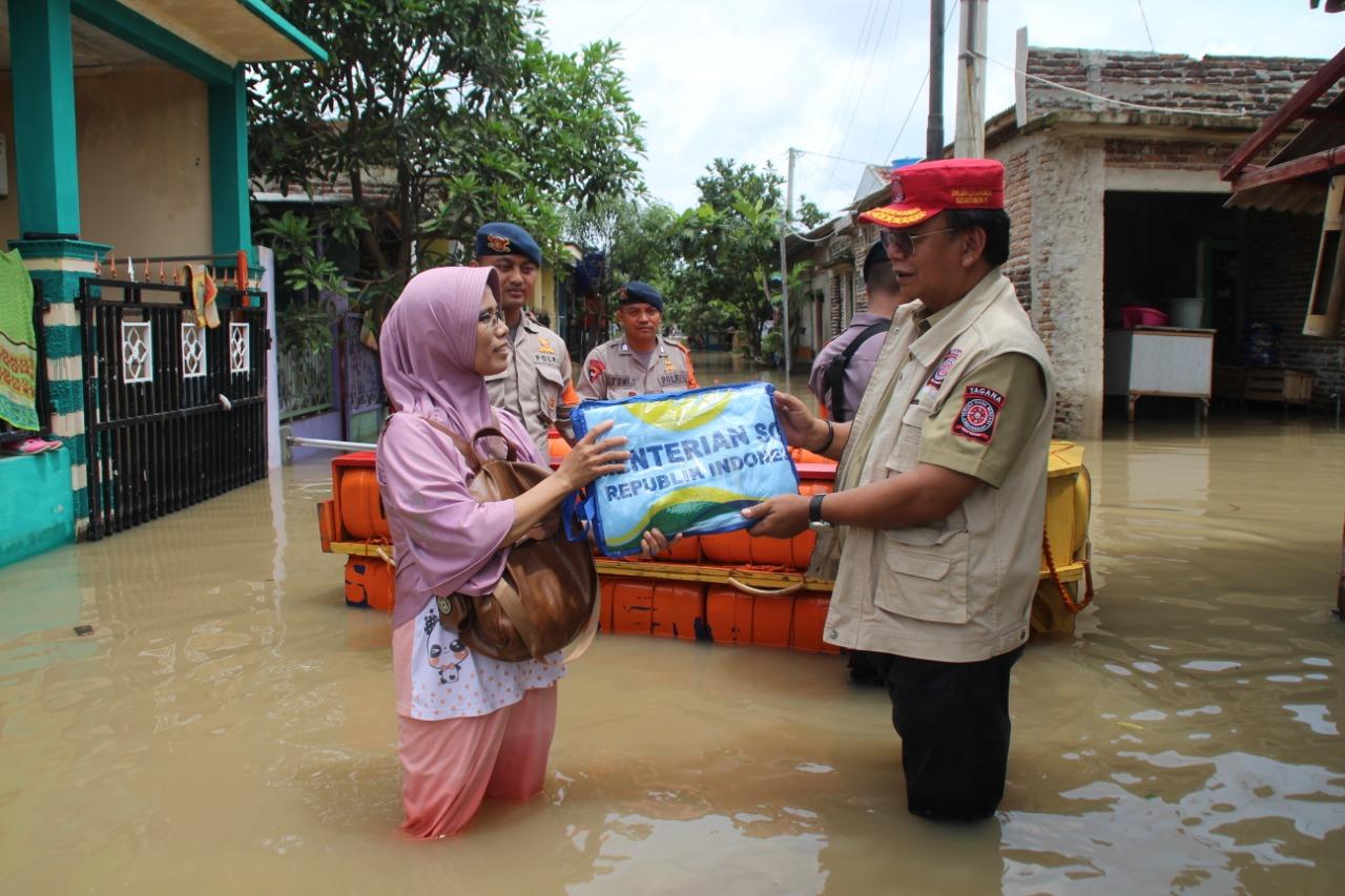 Banjir Terjang Sejumlah Daerah, Kemensos Kirimkan Bantuan Logistik
