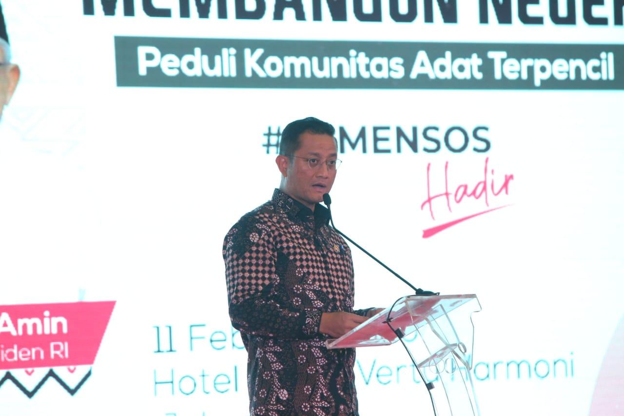 Menteri Sosial Ajak Membangun Negeri dan Peduli Komunitas Adat Terpencil