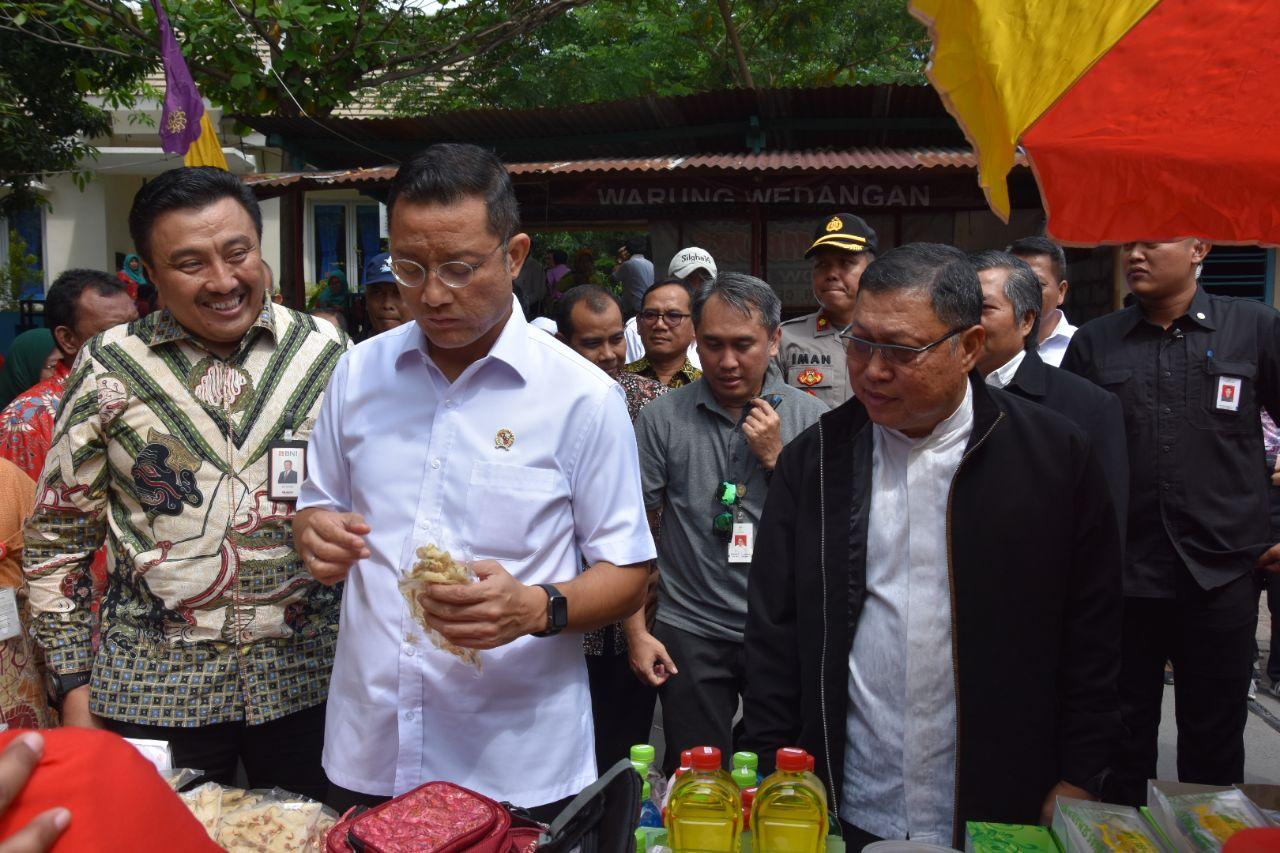 Kunjungi Semarang, Mensos Harapkan KPM Bisa Sejahtera dengan Wirausaha