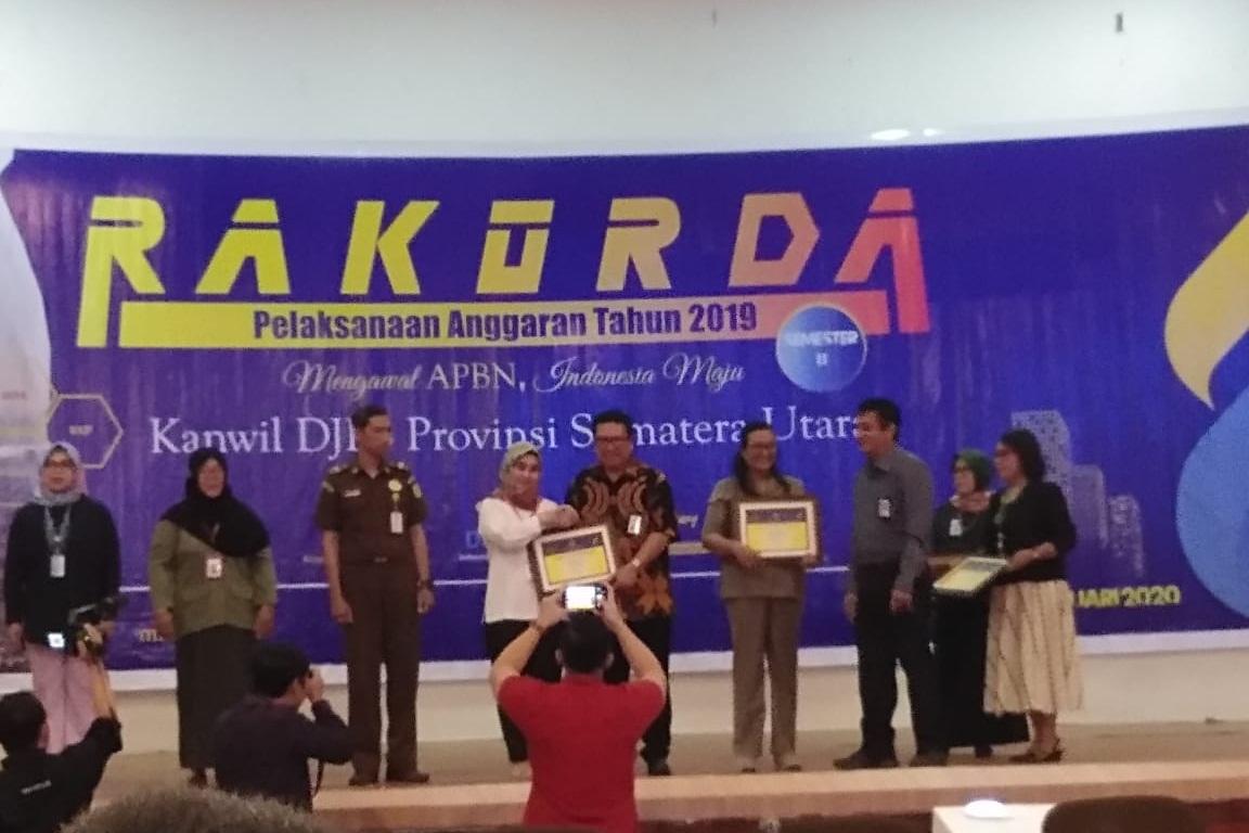 """BRSKPN """" Insyaf"""" Medan Terima Penghargaan dari Kanwil DJPb Provinsi"""