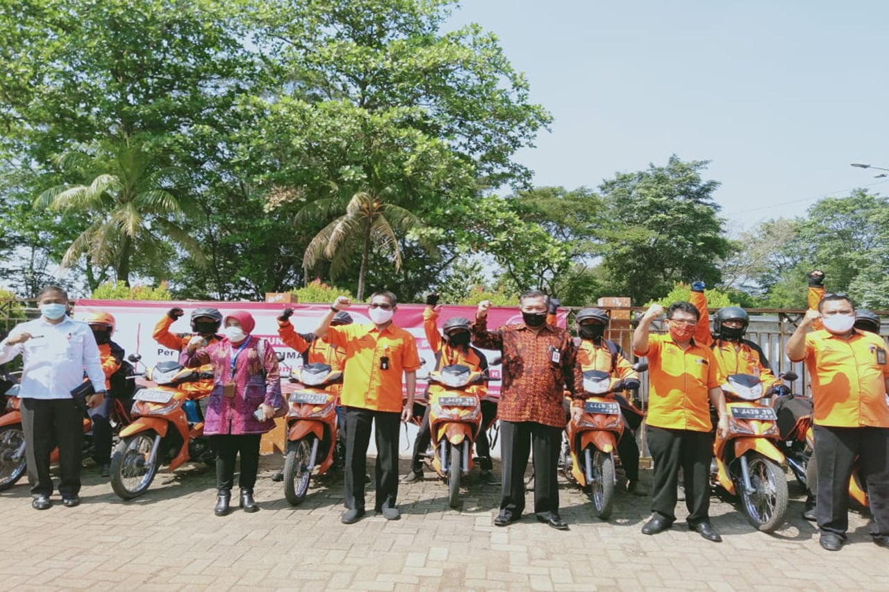 Ministry of Social Affairs Distributes Cash Social Assistance to 28,572 KPM in Tangerang Regency