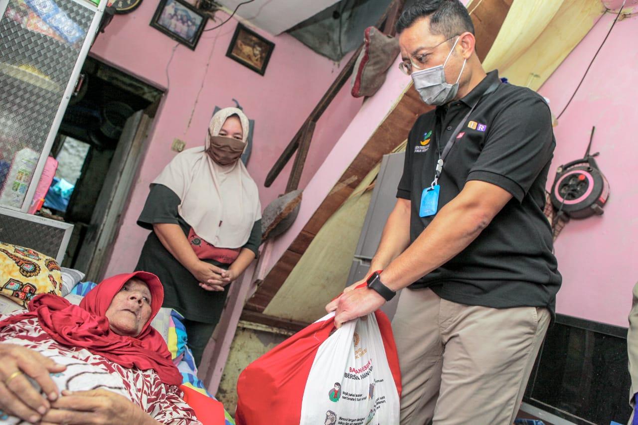 Mensos Ajak Warga Gotong Royong dan Saling Berbagi