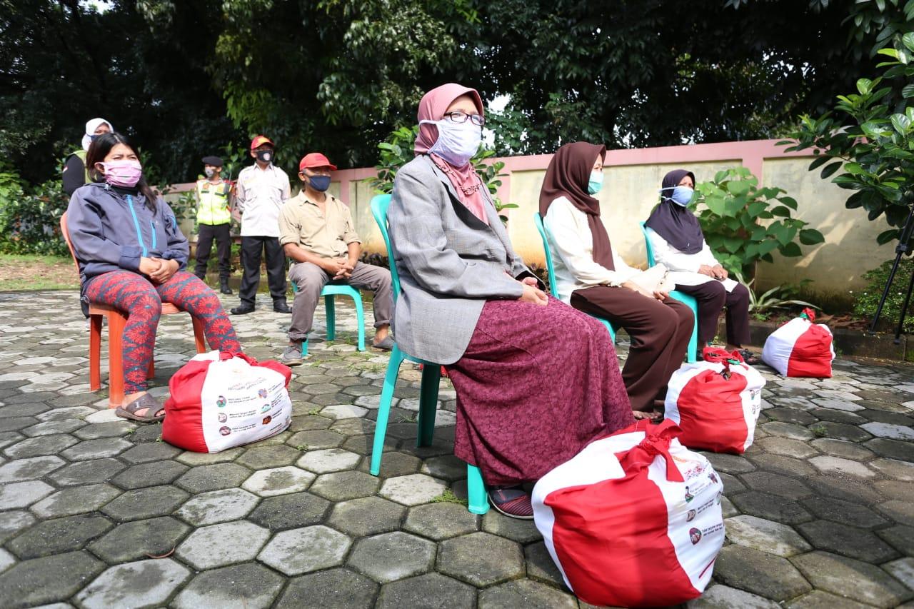 Penjual Batagor Keliling: Terima Kasih Menteri Sosial