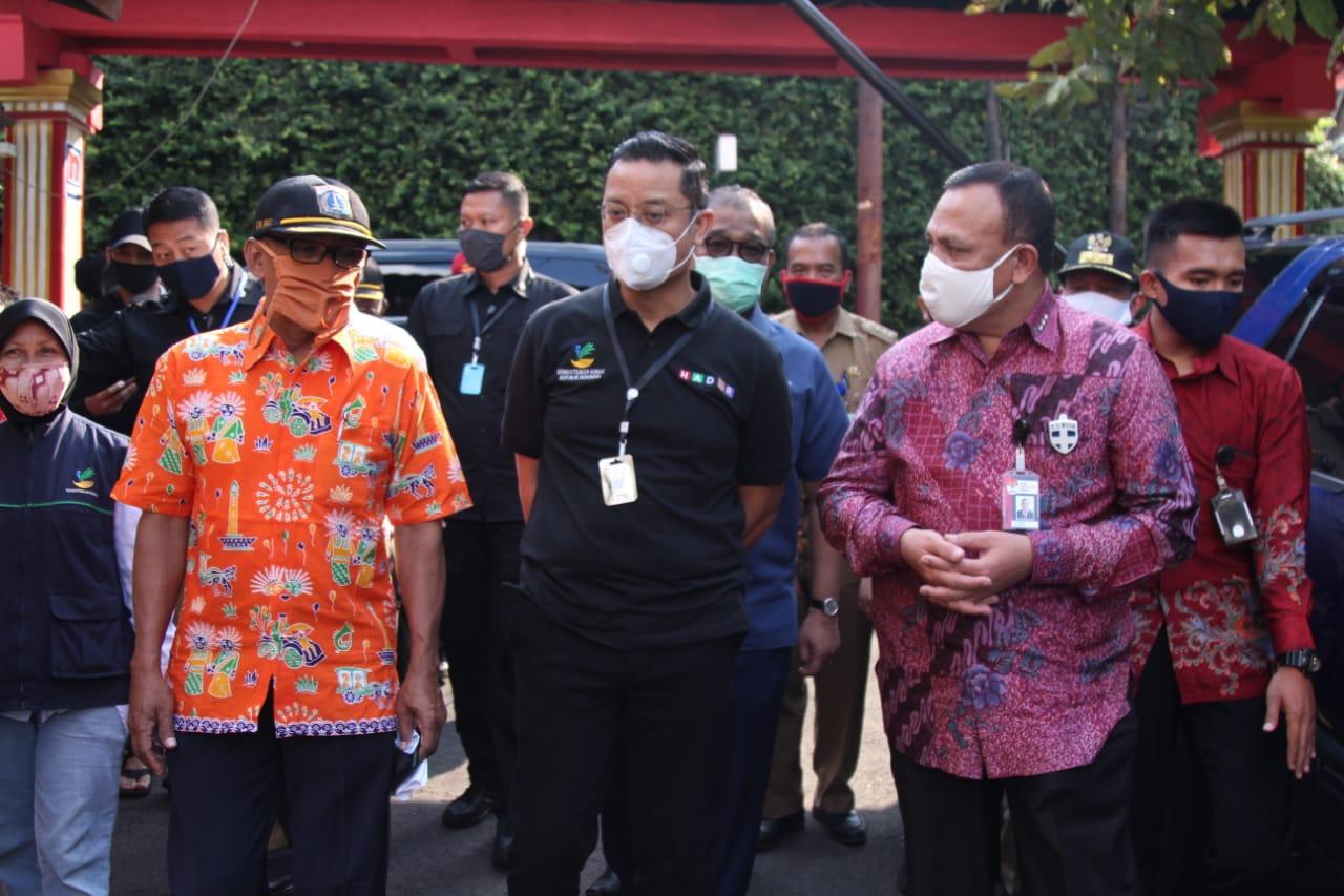 Bersama Mensos, KPK Turun Langsung Awasi Penyaluran Bansos Sembako Tahap 3 DKI Jakarta