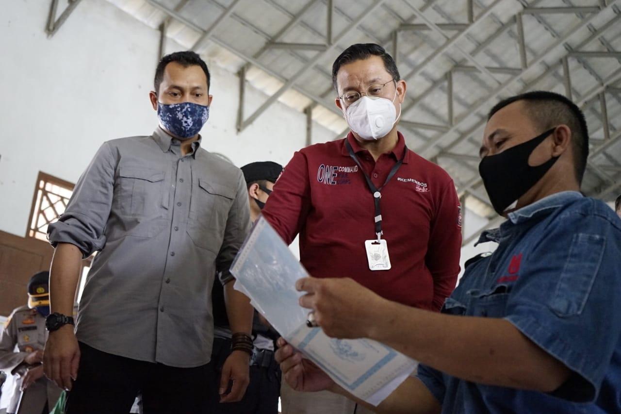 Mensos Pastikan Penyaluran BST di Kabupaten Serang sesuai Protokol Kesehatan