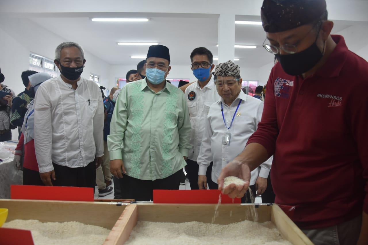 Menteri Sosial Akhiri Kunjungan Kerja di Kota Tasikmalaya Bersama Menteri PPN