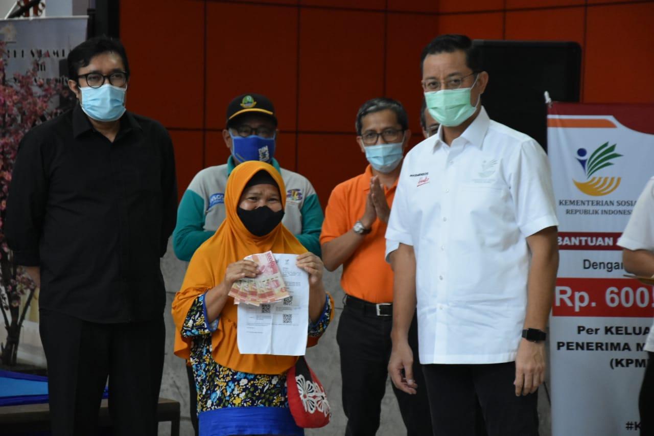 Menteri Sosial Pantau Penyaluran BST di Kabupaten dan Kota Bandung