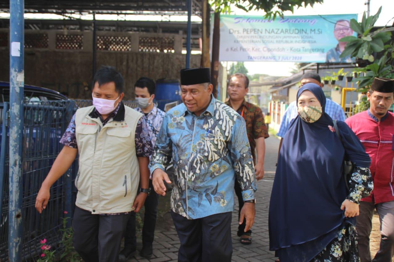 Penyerahan Bansos Sembako untuk Warga Kota Tangerang