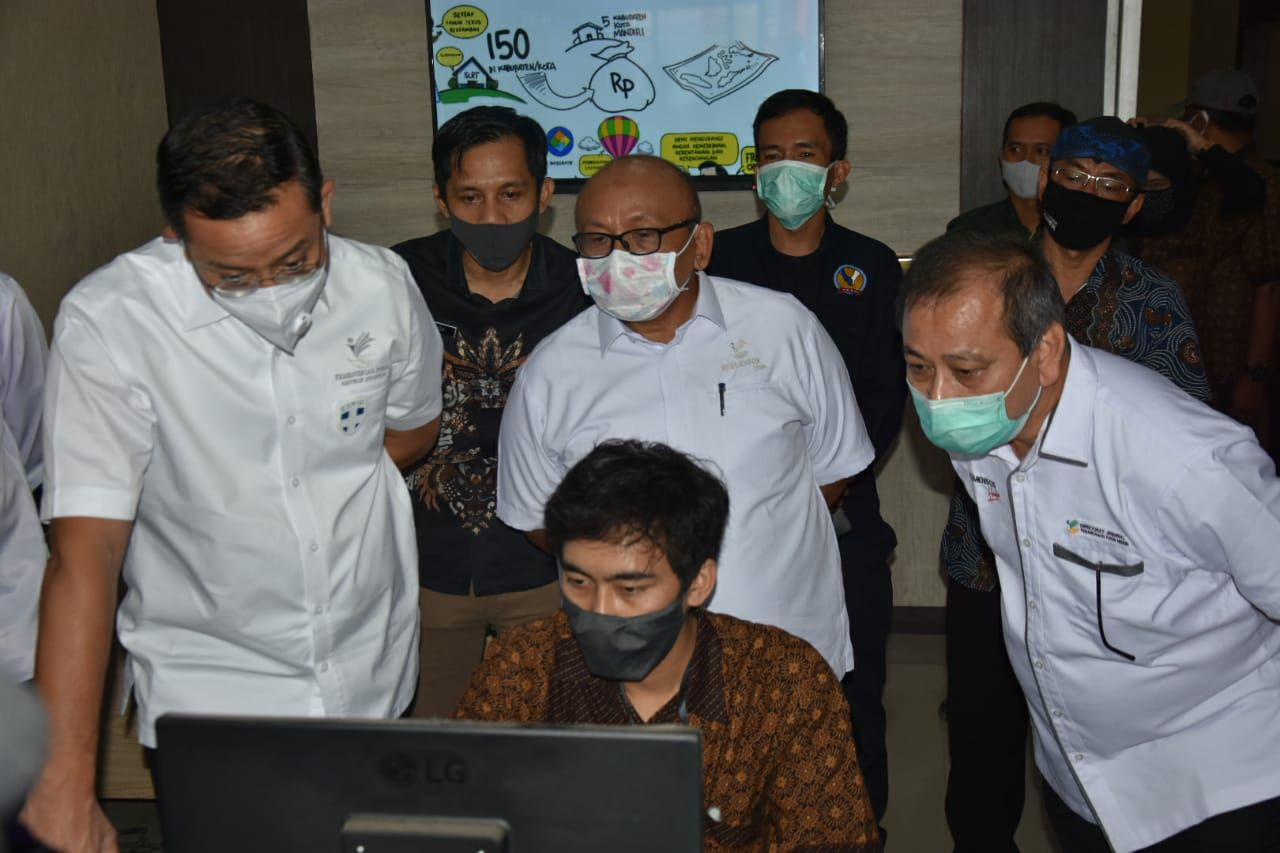 Minister of Social Affairs Allow Sukabumi Regency Government to Change BST Recipient Data