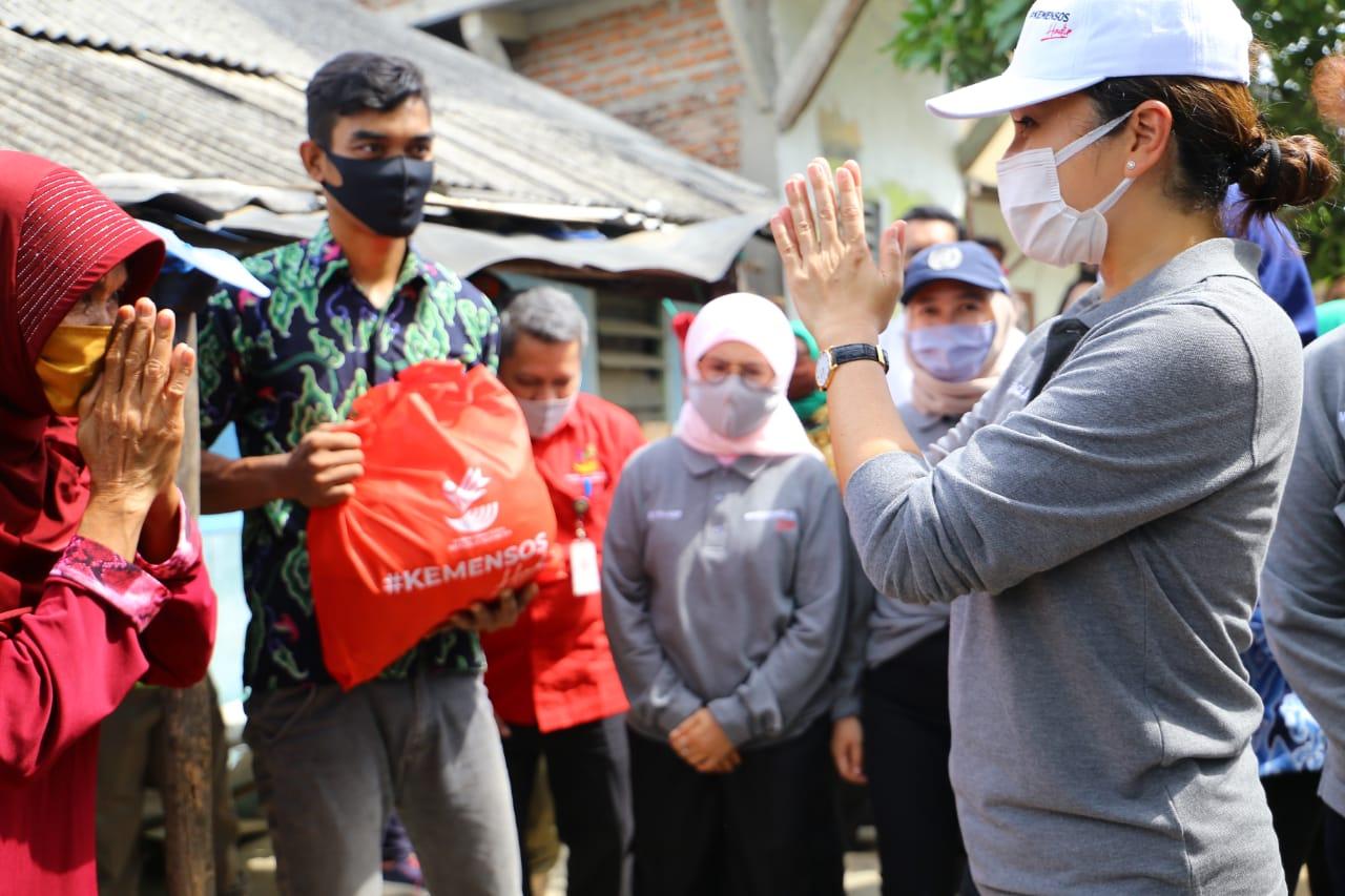 Nelayan Kajaksan Tak Menduga Mendapat Bantuan Sembako dari Kemensos
