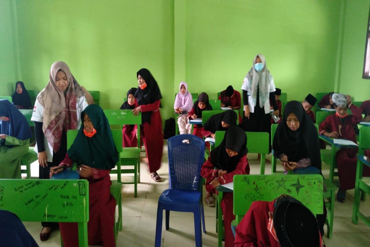Mengajak Peserta Didik Madrasah Tsanawiyah Cegah Perundungan