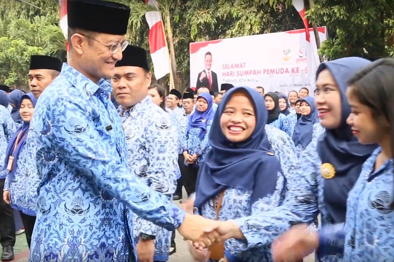 Mensos Juliari Perdana Pimpin Upacara Peringatan Sumpah Pemuda