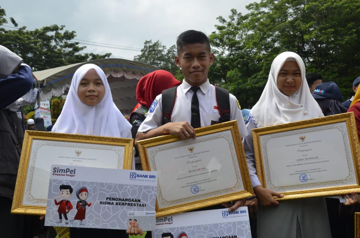 Dukung 'GAUL', Gubernur NTB Minta Anak PKH Diprioritaskan Kuliah