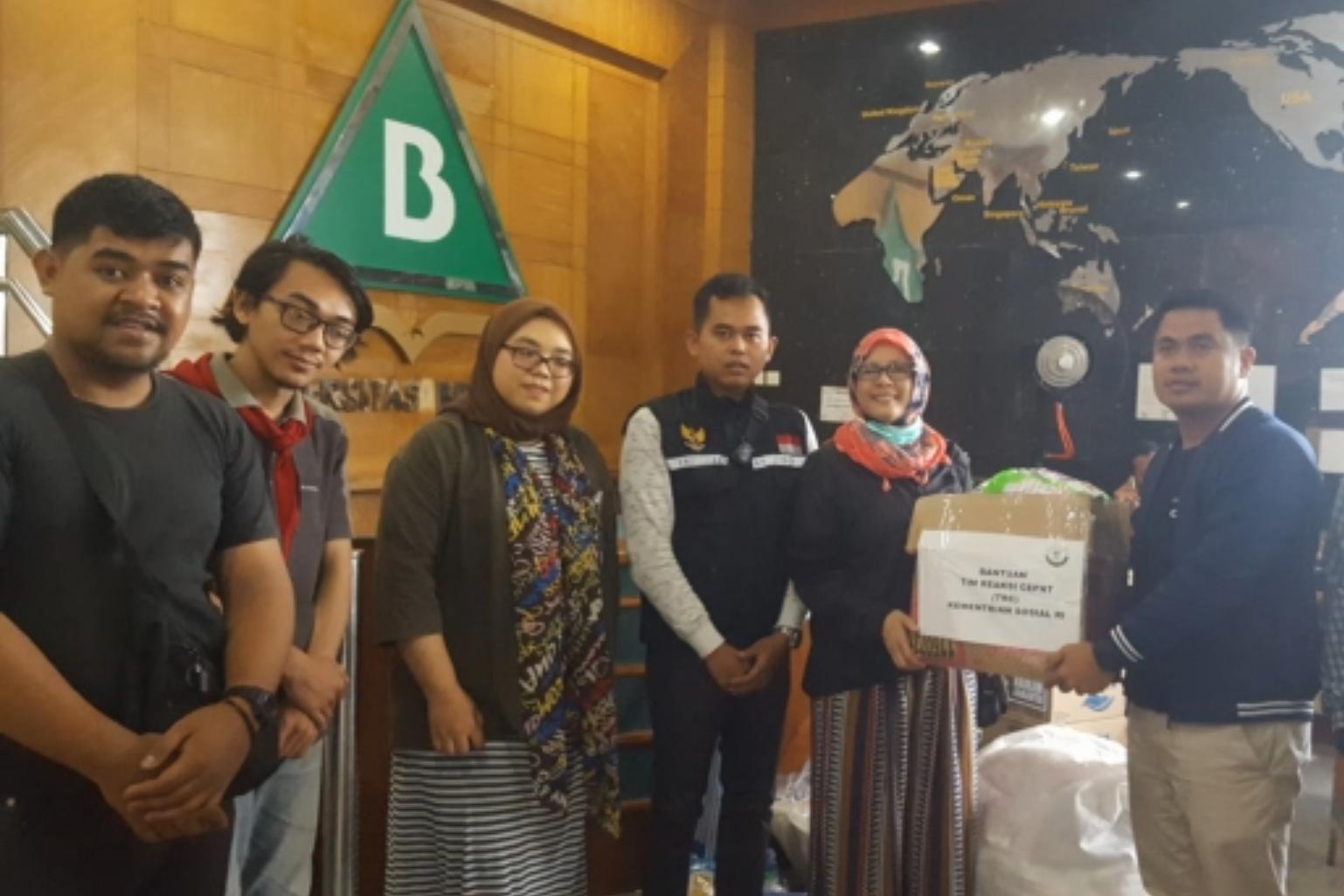 TRC Ditjen Rehsos Peduli Anak-anak Korban Terdampak Banjir