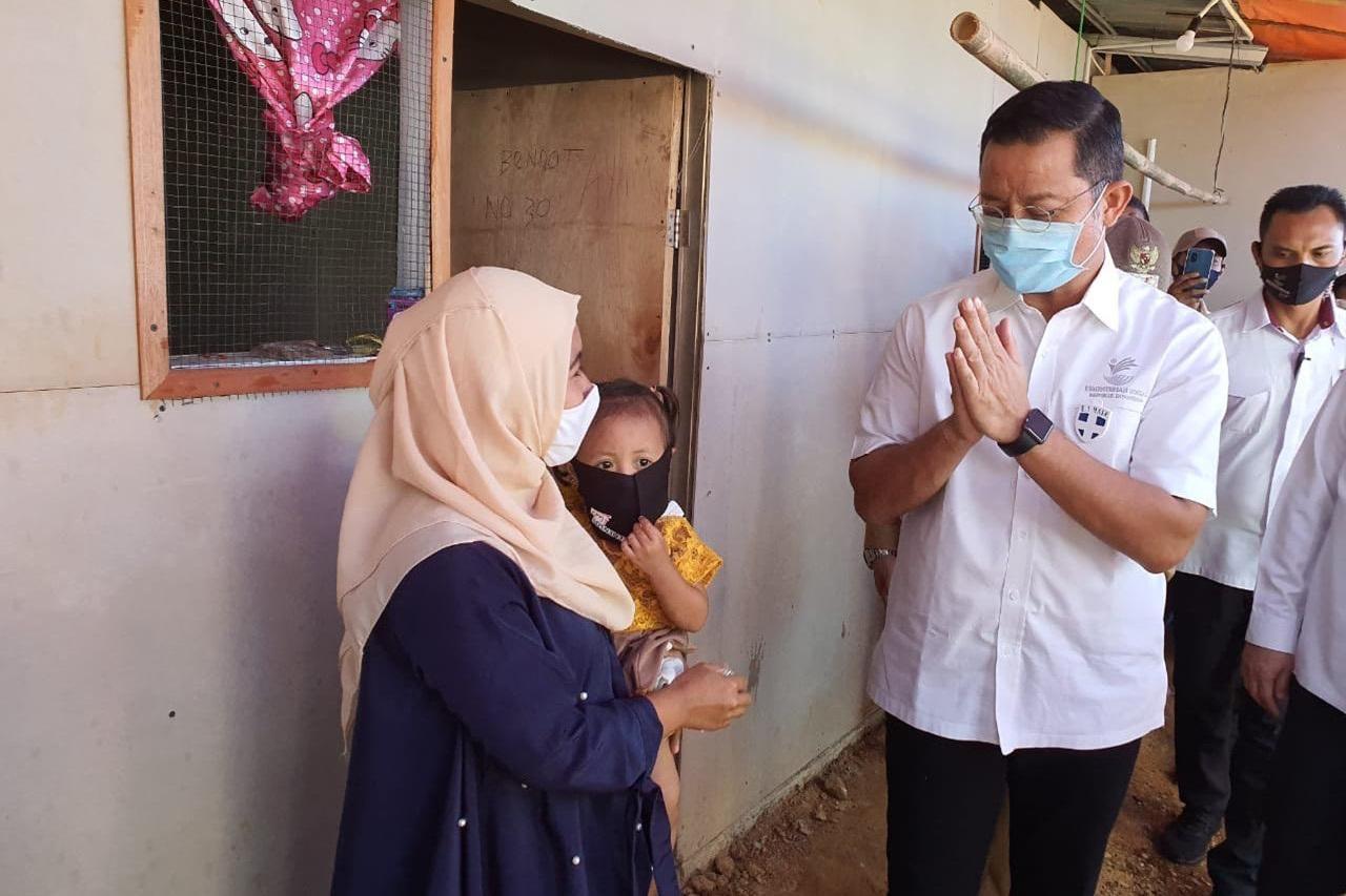 Mensos Juliari Realisasikan Janji Presiden untuk Korban Longsor Bogor