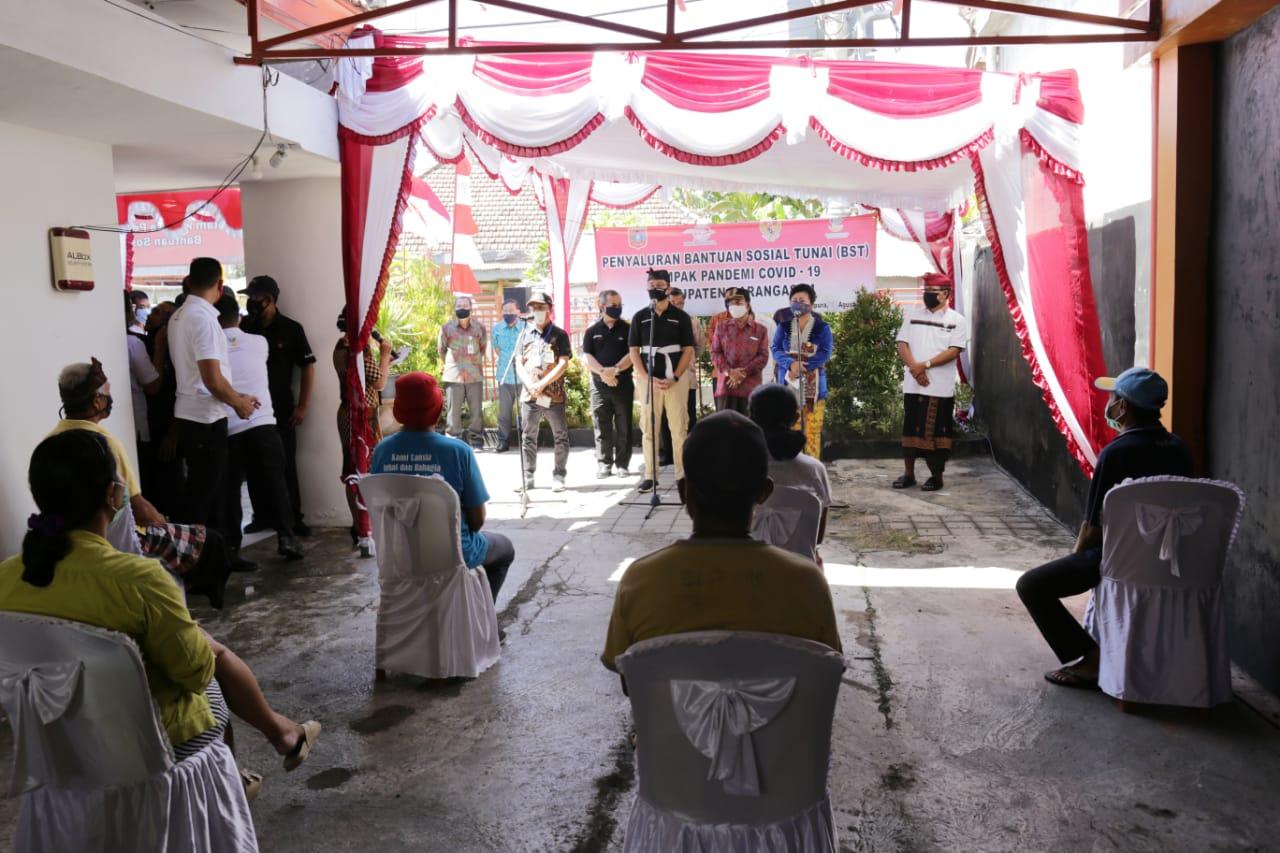 Mensos Lakukan Kunjungan Kerja di Bali, Pantau BST dan Program Sembako
