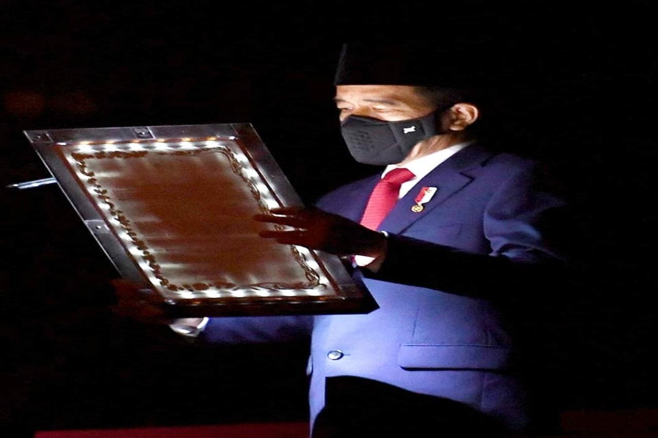 Suasana Khidmat, Presiden RI Pimpin AKRS di TMPNU Kalibata