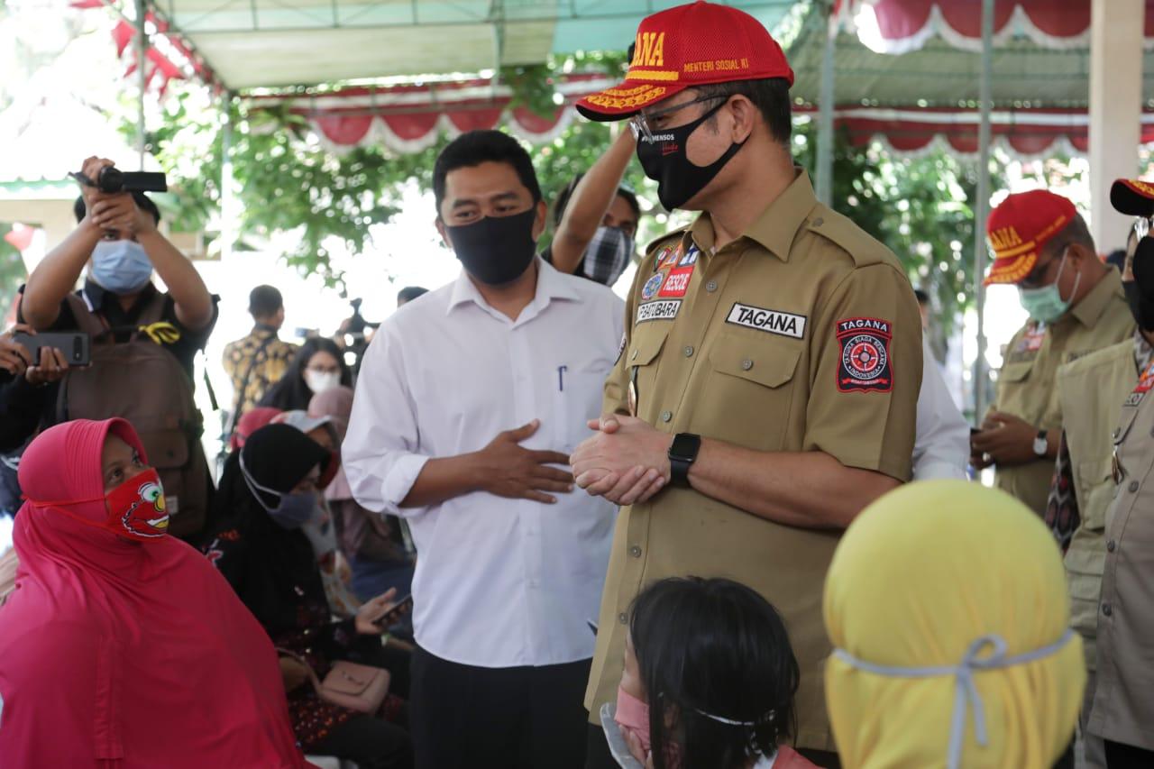 Penyaluran BST dan Program Sembako di Kulon Progo