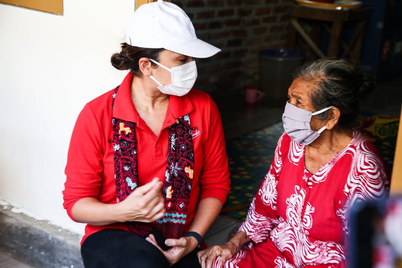 Warga Kabupaten Garut dan Indramayu Gembira Atas Kehadiran Ibu Grace Batubara