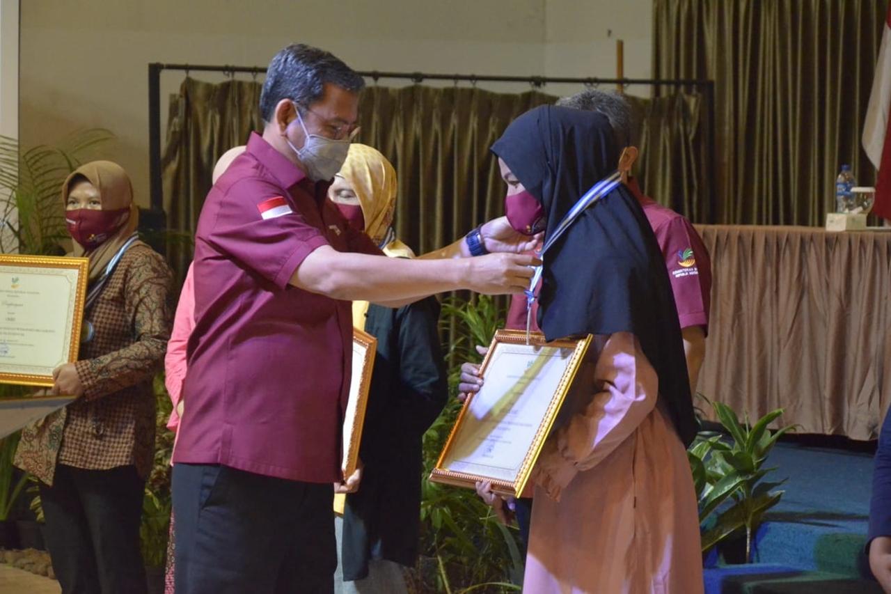 Usai Putuskan Graduasi, KPM PKH Asal Bogor Ini Ungkap Kebahagiaannya