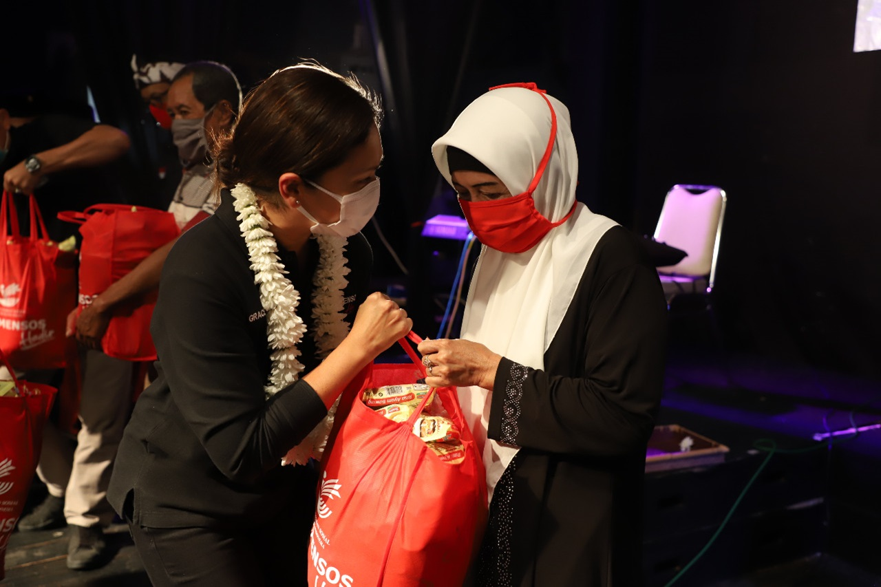 Perhatian Khusus Kemensos Terhadap Kampung Adat di Indonesia
