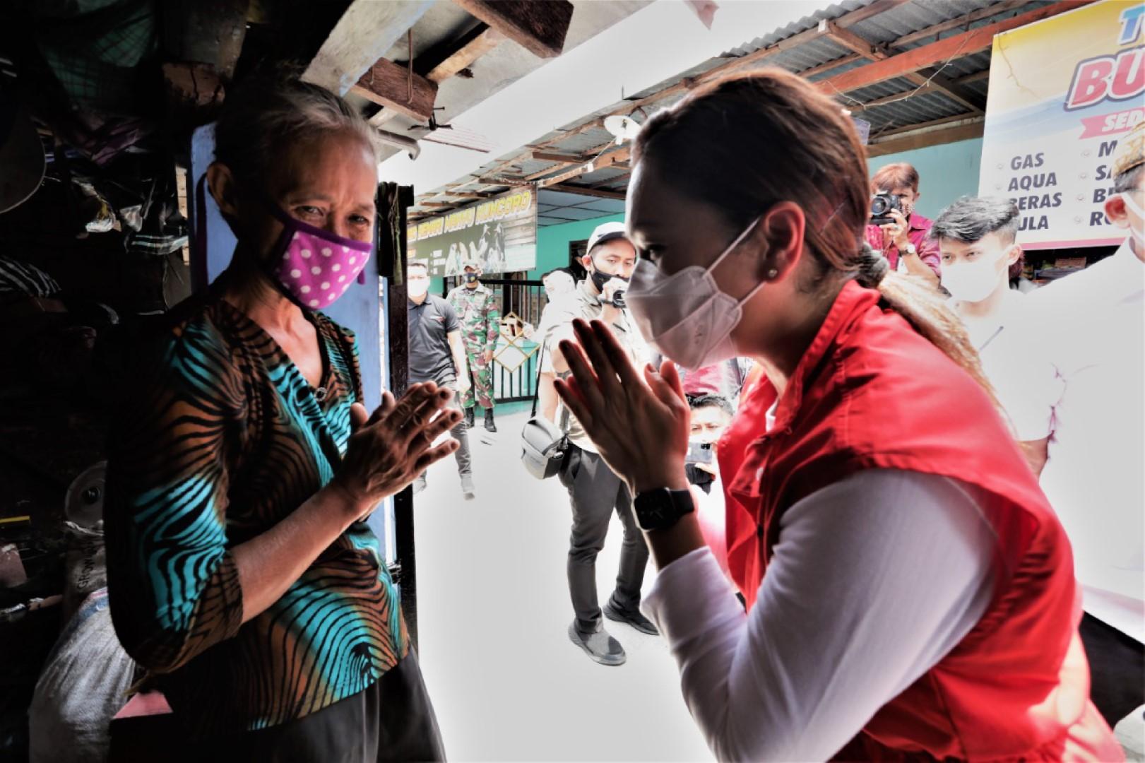 Penyaluran 1.000 Paket Sembako untuk Warga Terdampak di Klaten