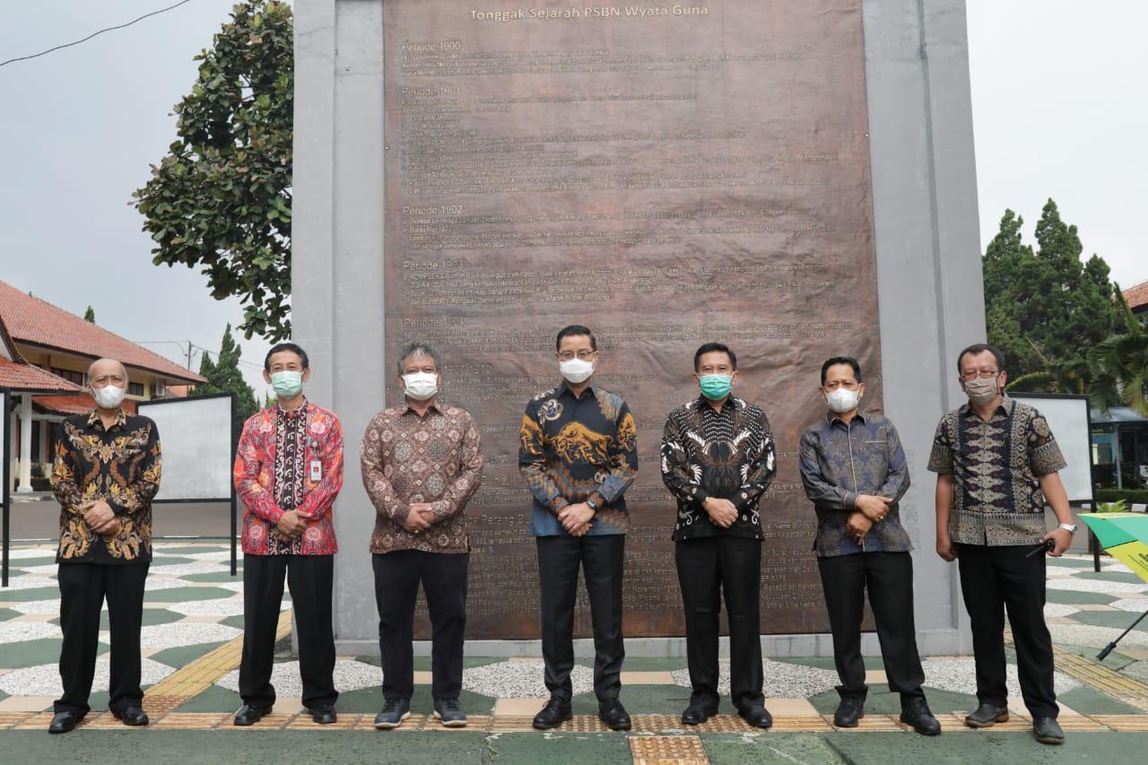 "Mensos Juliari Tinjau BRSPDSN ""Wyata Guna"" Bandung"