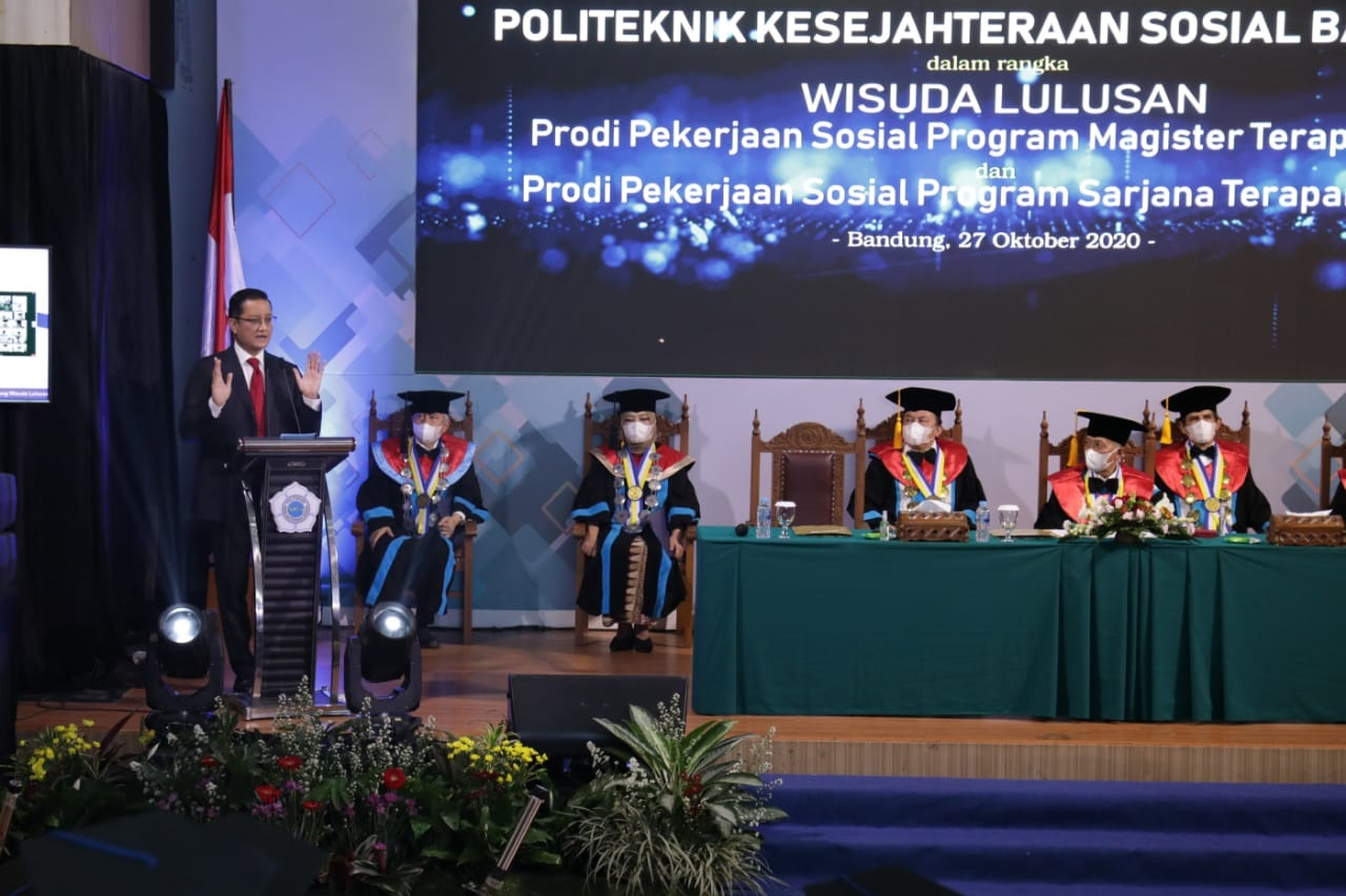 Minister of Social Affairs: Poltekesos Graduates Must Have Integrity and Differentiation