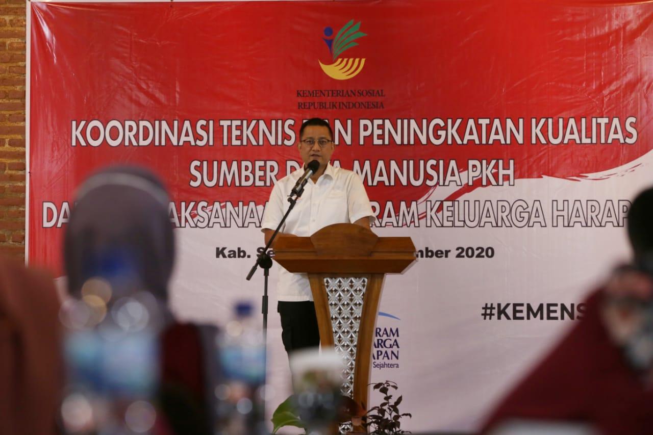 Mensos Beri Arahan dalam Rapat Koordinasi Teknis SDM PKH di Ungaran
