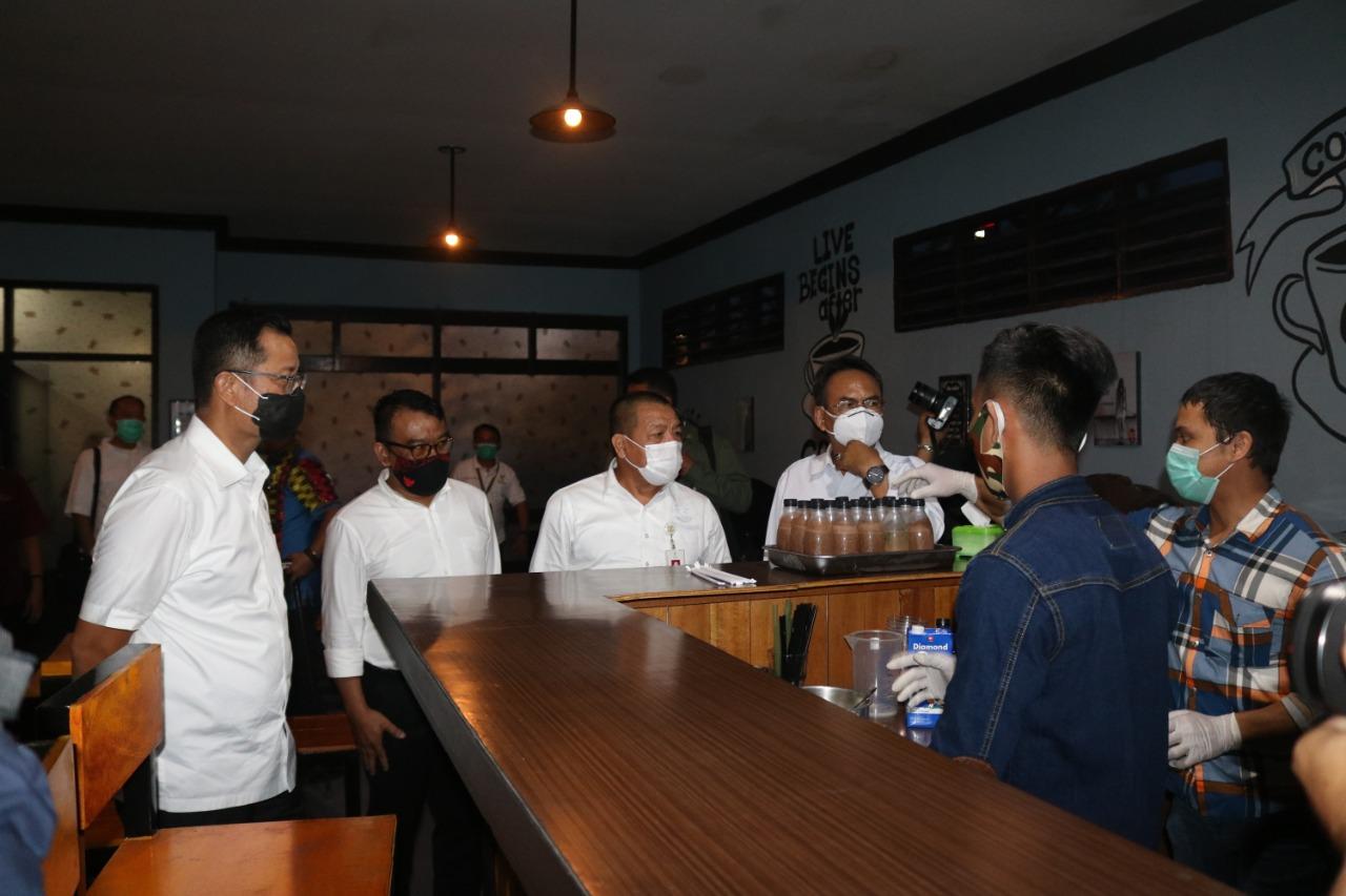 """Kunjungan Menteri Sosial ke Balai """"Bahagia"""" Medan"""