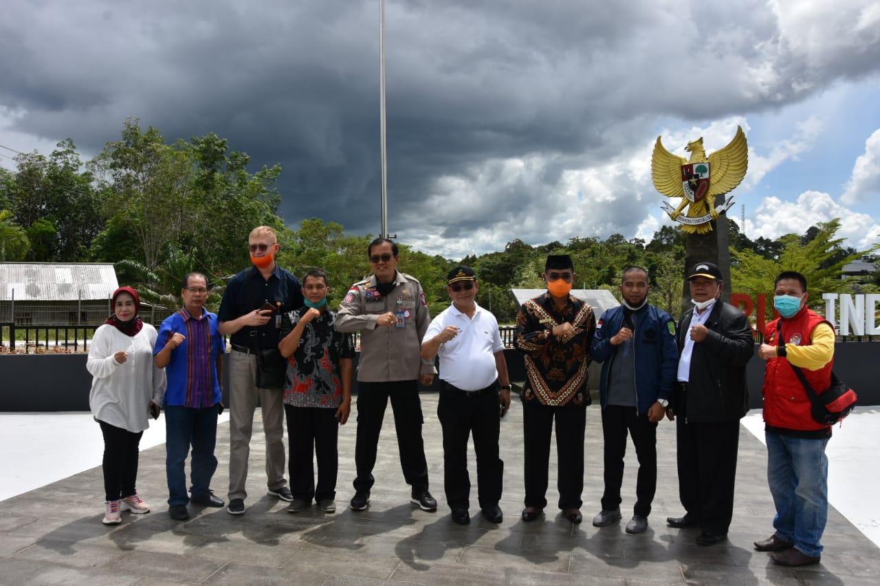 Kunjungi PLBN Aruk, Dirjen PFM Diskusikan Program Sembako dan BST di Wilayah Perbatasan Antar Negara