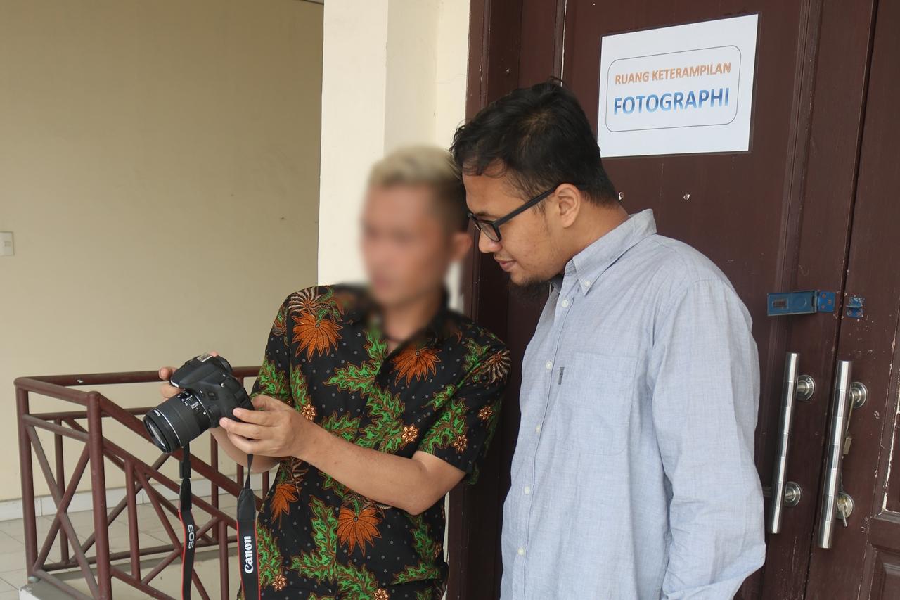 Semangat Baja Penerima Manfaat ODHIV Ukir Karya